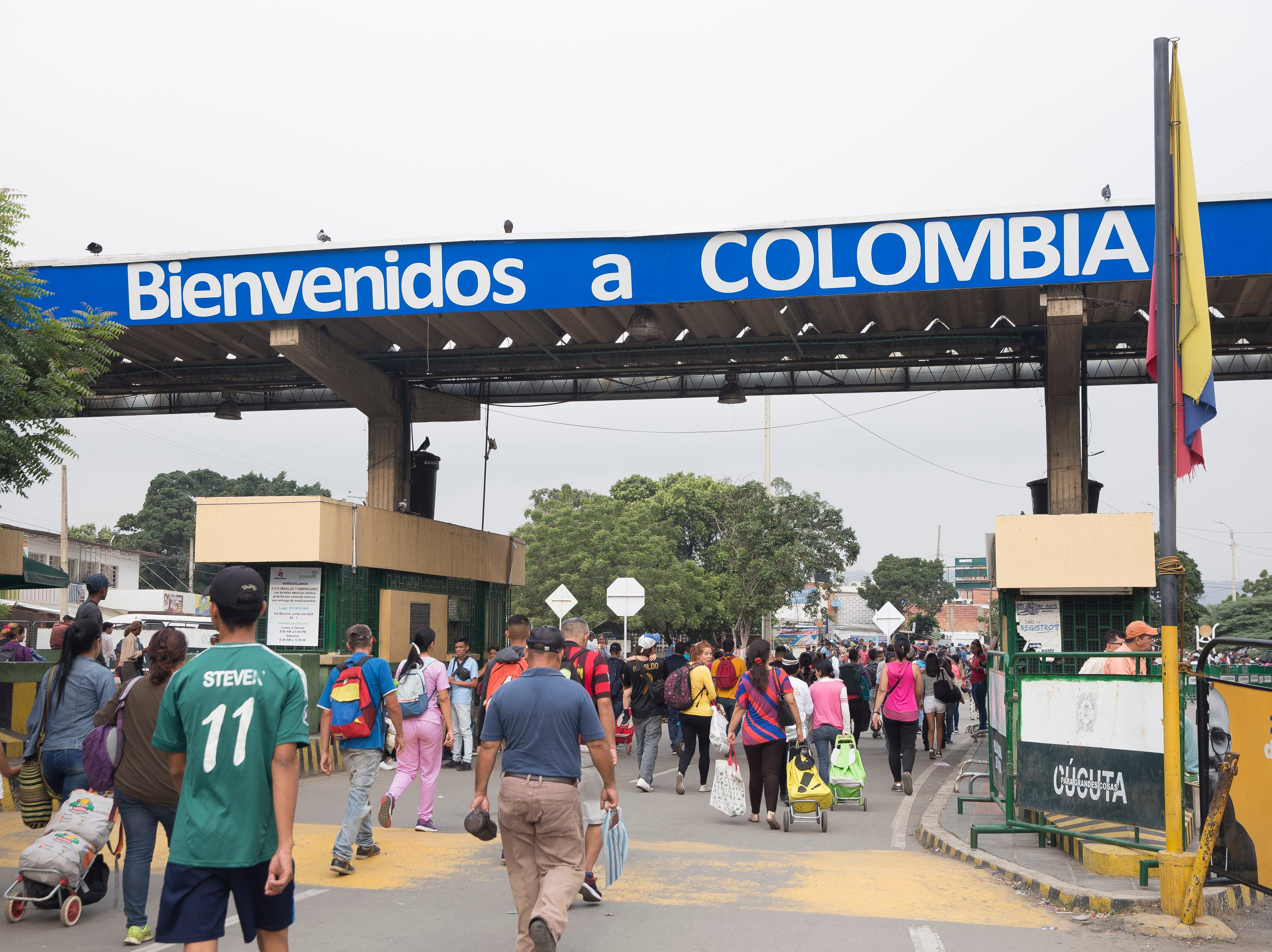 Thousands of migrants flood into Colombia from Venezuela in Cœcuta, Colombia on Feb. 6, 2019. Over 40,000 Venezuelans cross the bridge daily as their country collapses.
