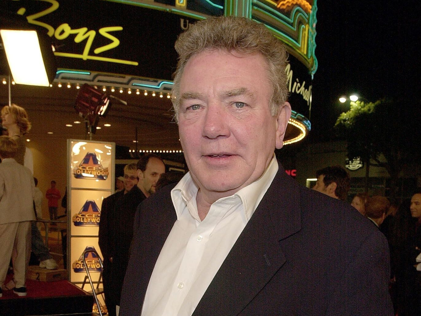 "In this file photo taken on March 14, 2000, British actor Albert Finney arrives to attend the premiere of his new film ""Erin Brockovich"" in Los Angeles. - Veteran British actor Albert Finney, who starred in films including ""Murder on the Orient Express"" and ""Erin Brockovich"", has died at the age of 82, a family spokesman said Friday, February 8, 2019."