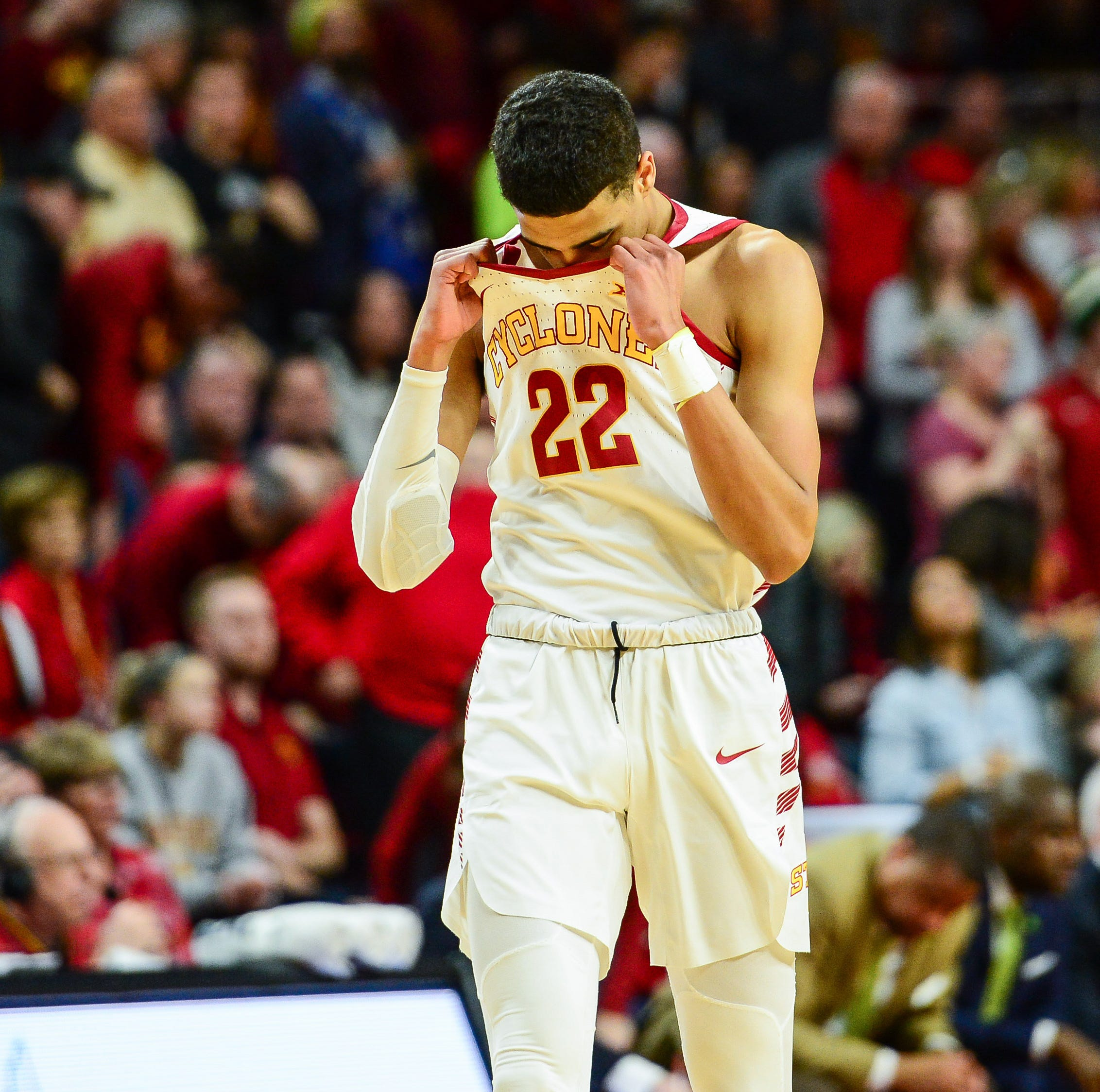 Peterson: Clank ... Iowa State lays an egg at home against TCU
