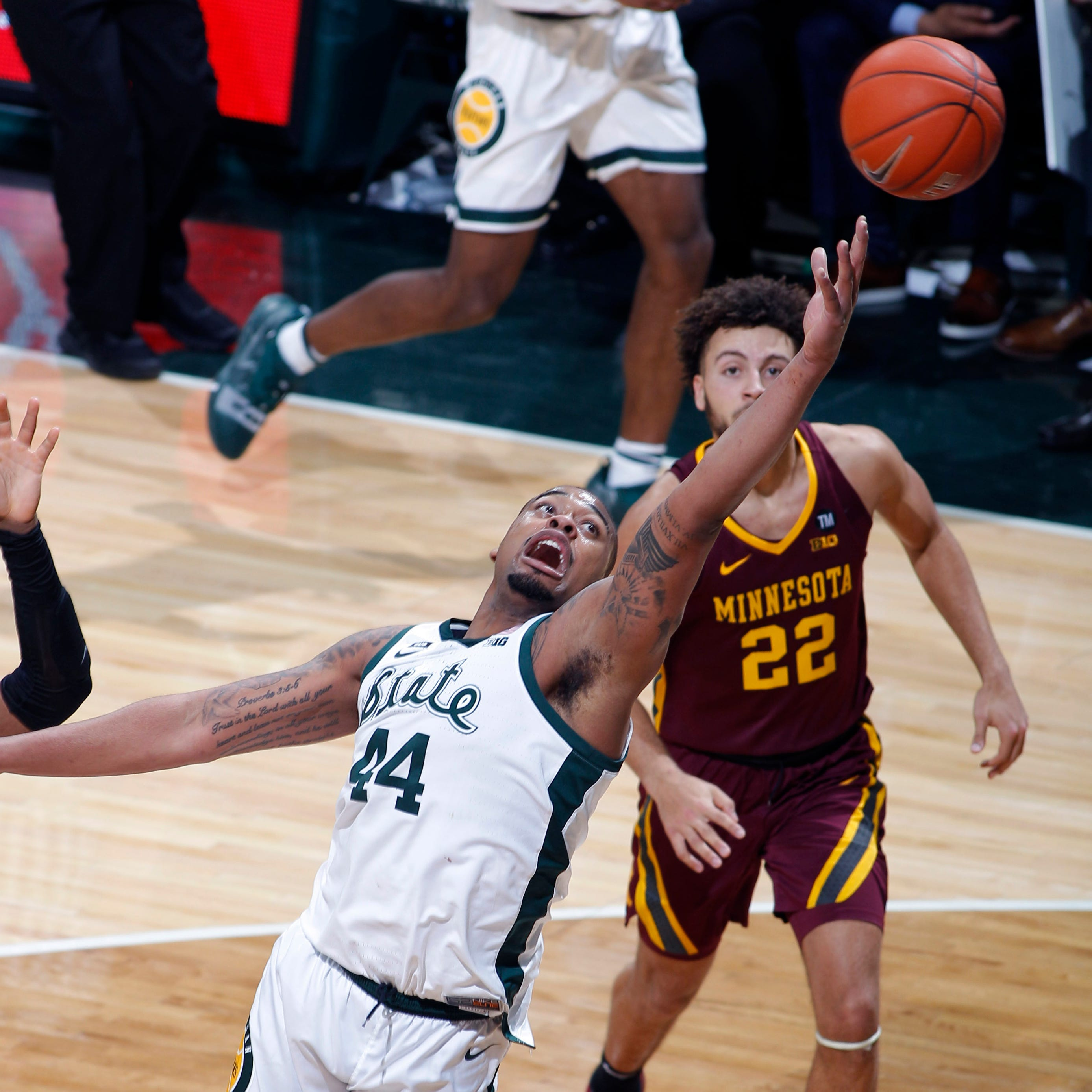 Magic Johnson called out MSU's Nick Ward, who responded vs. Minnesota