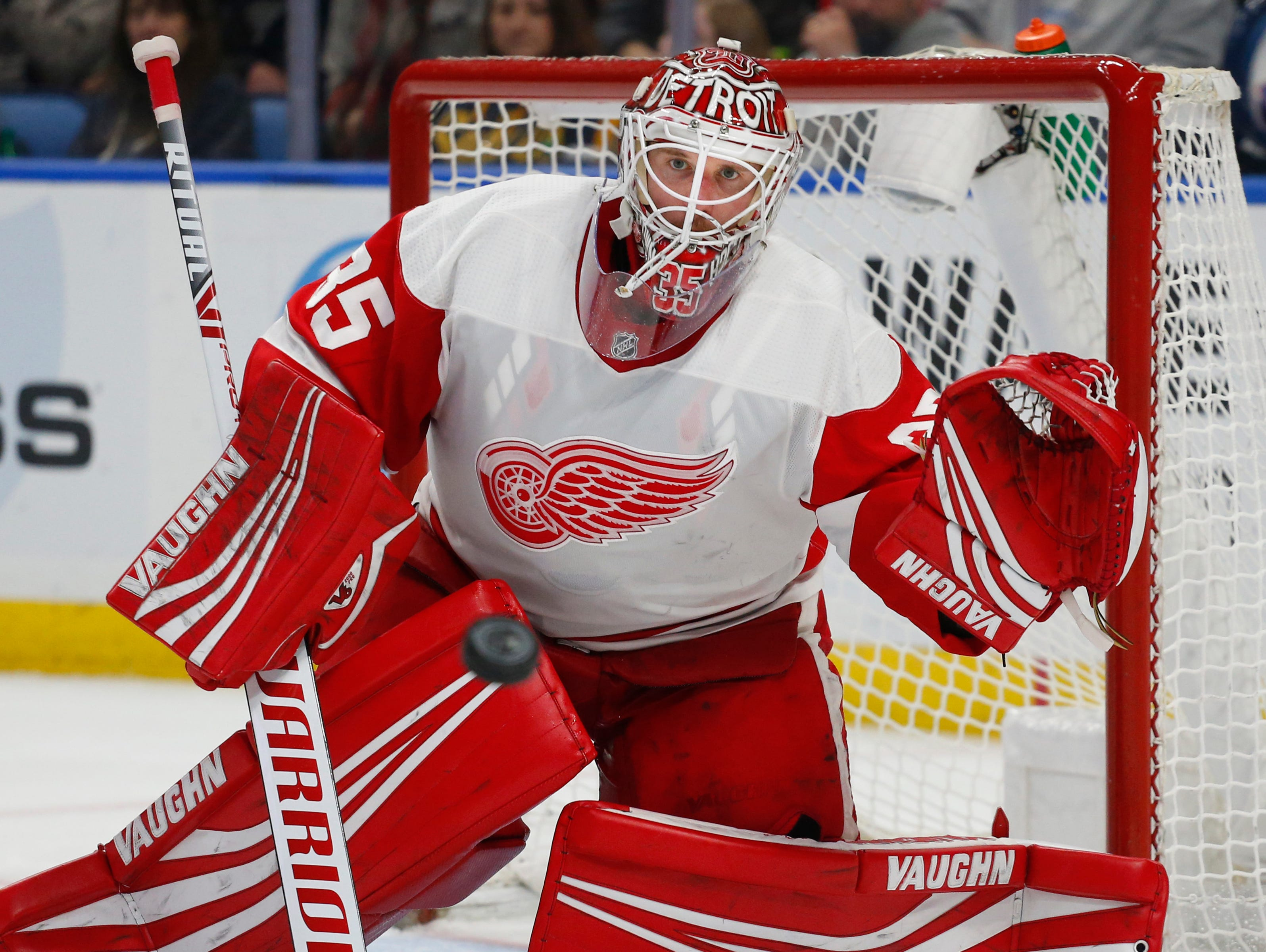 Red Wings goalie Jimmy Howard watches the puck during the third period of the Wings' 3-1 loss on Saturday, Feb. 9, 2019, in Buffalo N.Y.