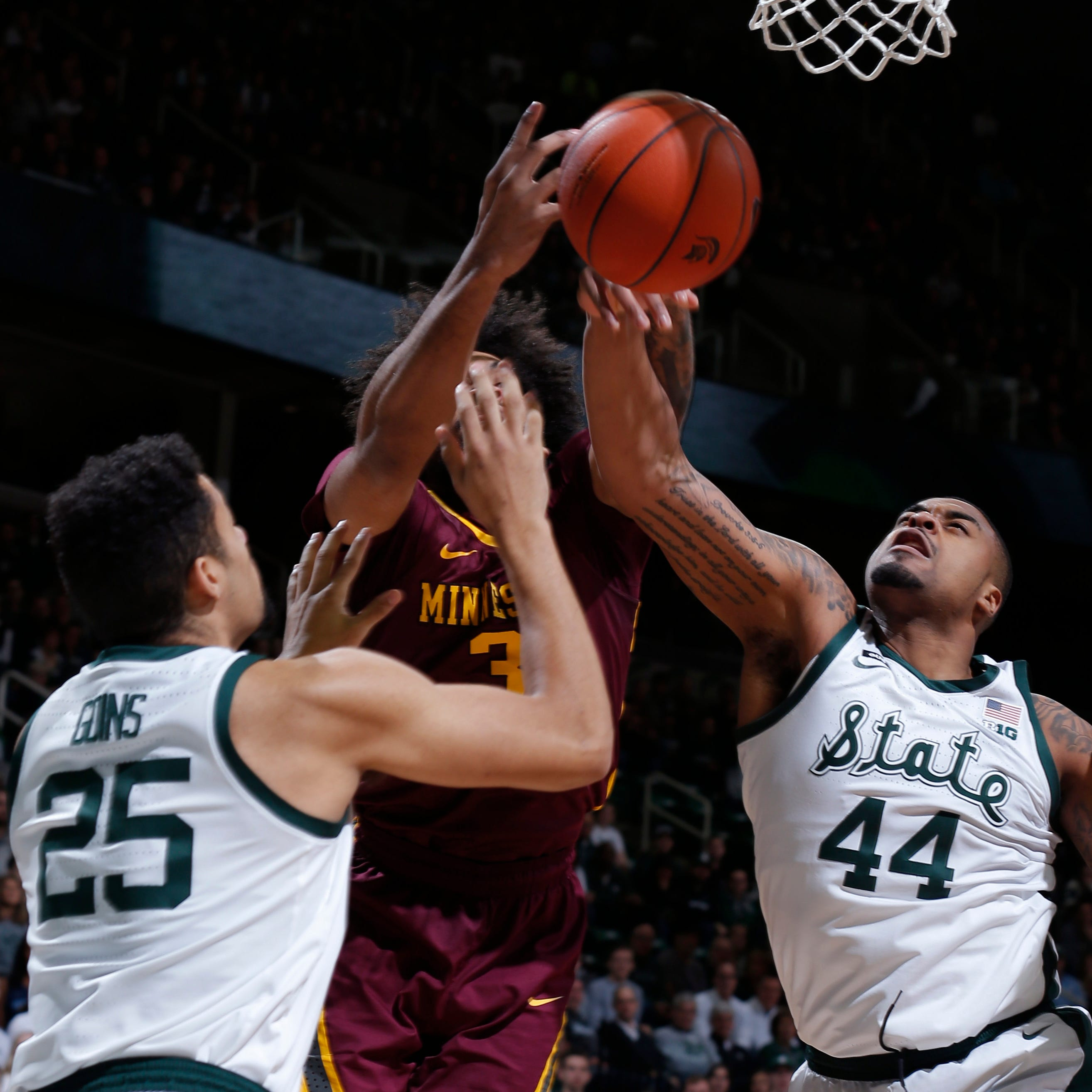 NCAA tournament 2nd-round predictions: Michigan, Michigan State advance
