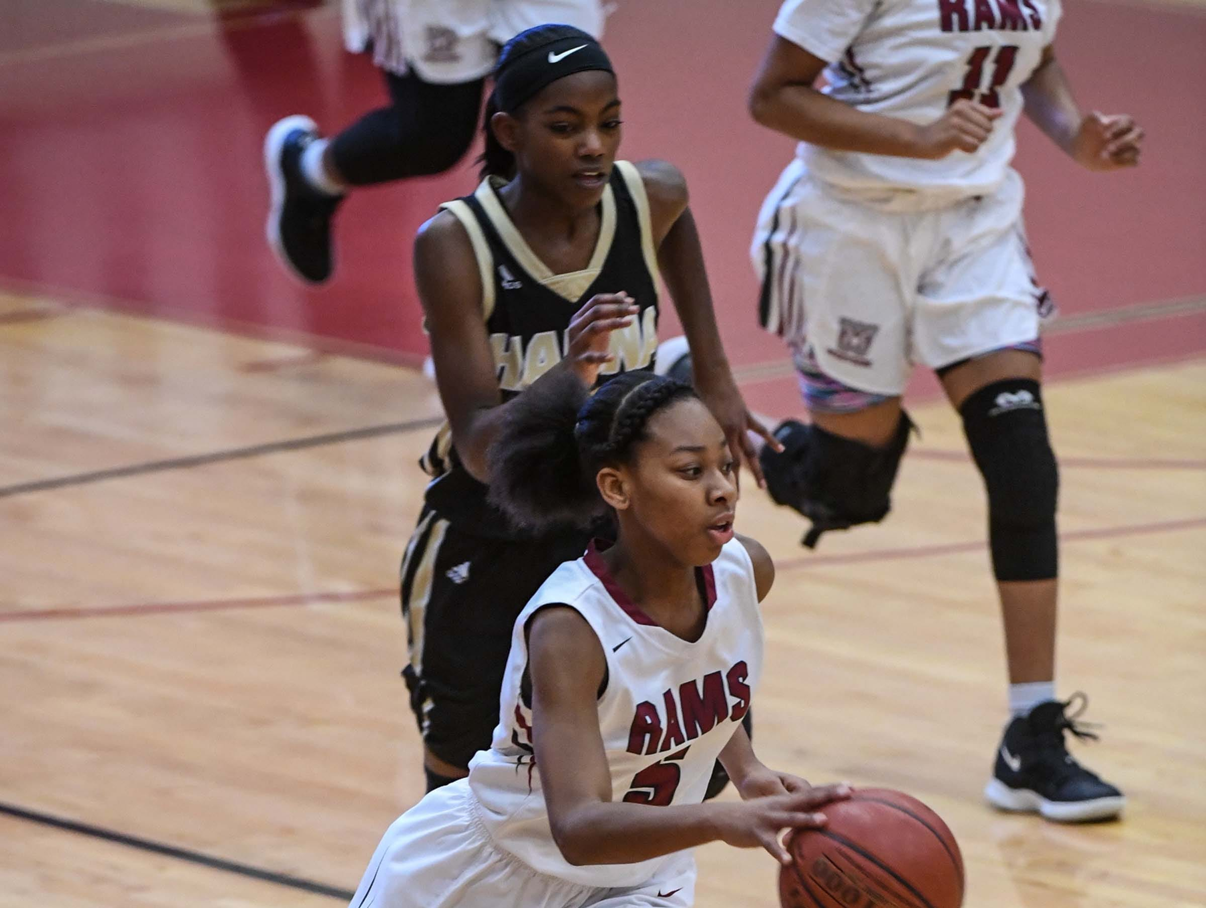 Westside senior Chelsea Adger(5) during the first quarter at Westside High School in Anderson on Friday.