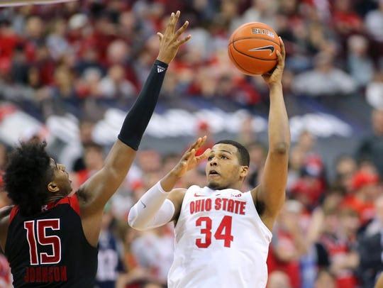 Slowing Buckeyes forward Kaleb Wesson (34) will be key for IU on Sunday.