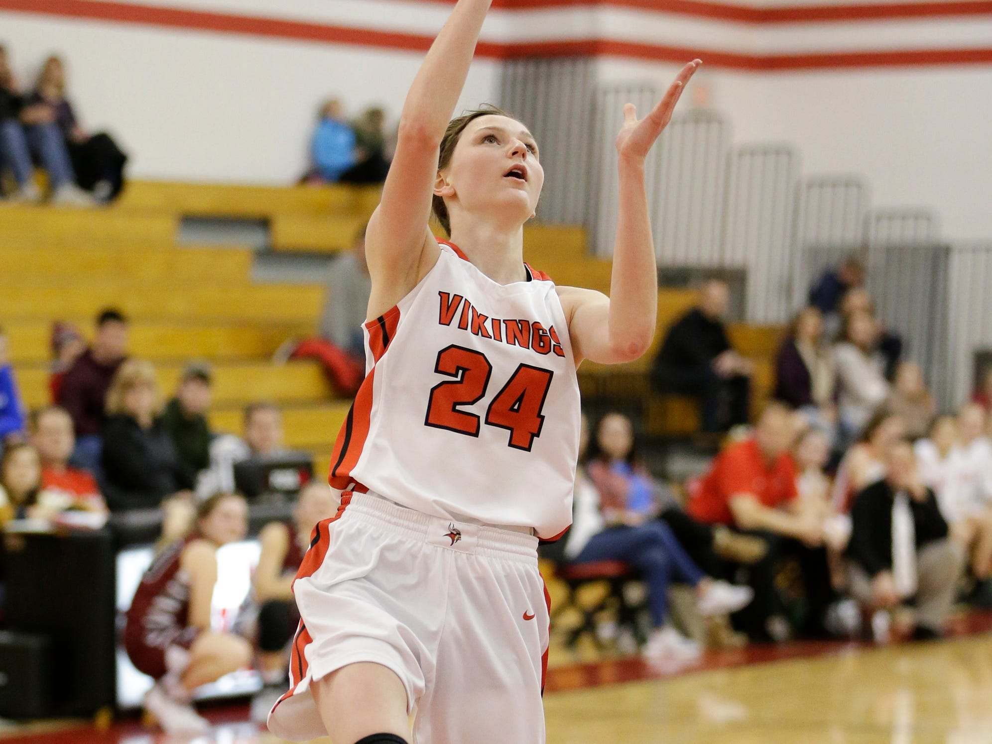 Valders' Emma Wagner shoots a layup against New Holstein at Valders High School Friday, February 8, 2019, in Valders, Wis. Joshua Clark/USA TODAY NETWORK-Wisconsin