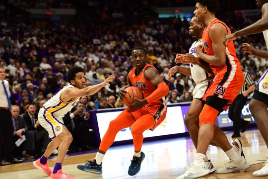 Auburn guard Jared Harper drives to the basket against LSU on Feb. 9, 2019, in Baton Rouge, La.