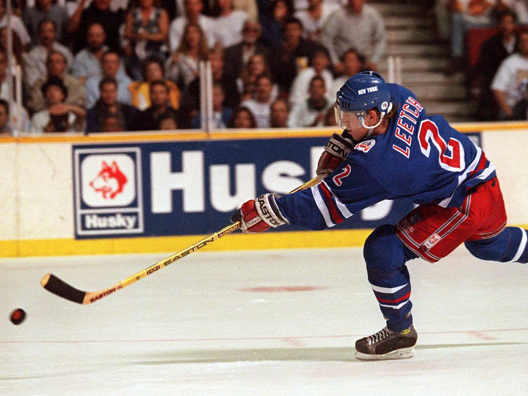 7 JUN 1994: RANGER''S DEFENSEMAN BRIAN LEETCH LAUNCHES A SHOT ON A BREAKAWAY IN THE FIRST PERIOD OF GAME FOUR OF THE STANLEY CUP FINALS AT THE PACIFIC COLISEUM IN VANCOUVER, BRITISH COLUMBIA. LEETCH''S ATTEMPT WAS STOPPED BY CANUCKS GOALTENDER KIRK MCLEAN.