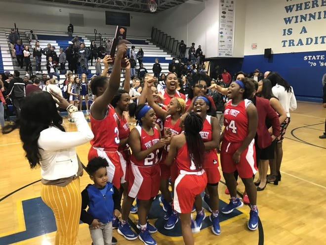 The Pine Forest Eagles defeated Washington for a District 1-7A championship on Friday.