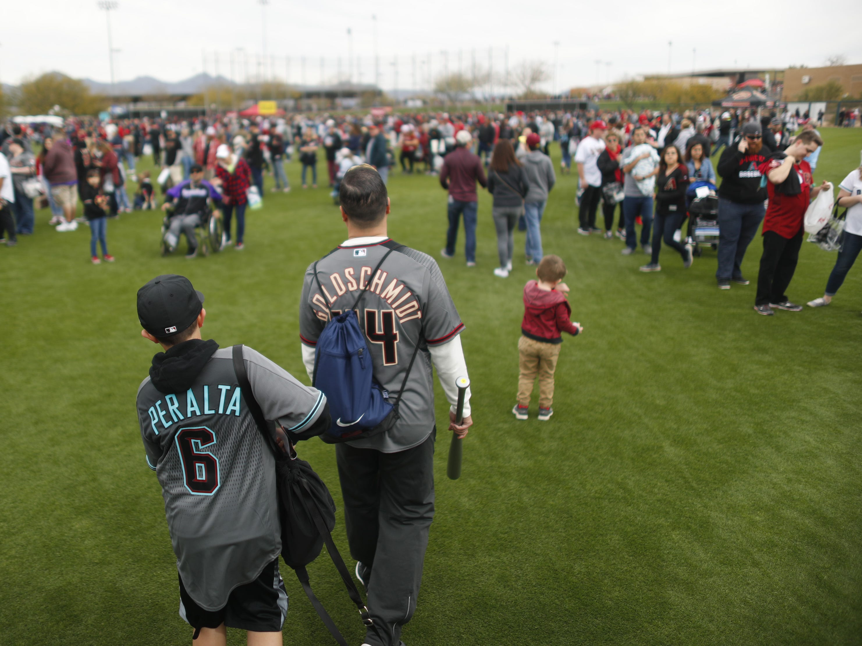 Fans make their way through the autograph lines during the Diamondbacks Fan Fest at Salt River at Talking Sticks on February 9, 2019.