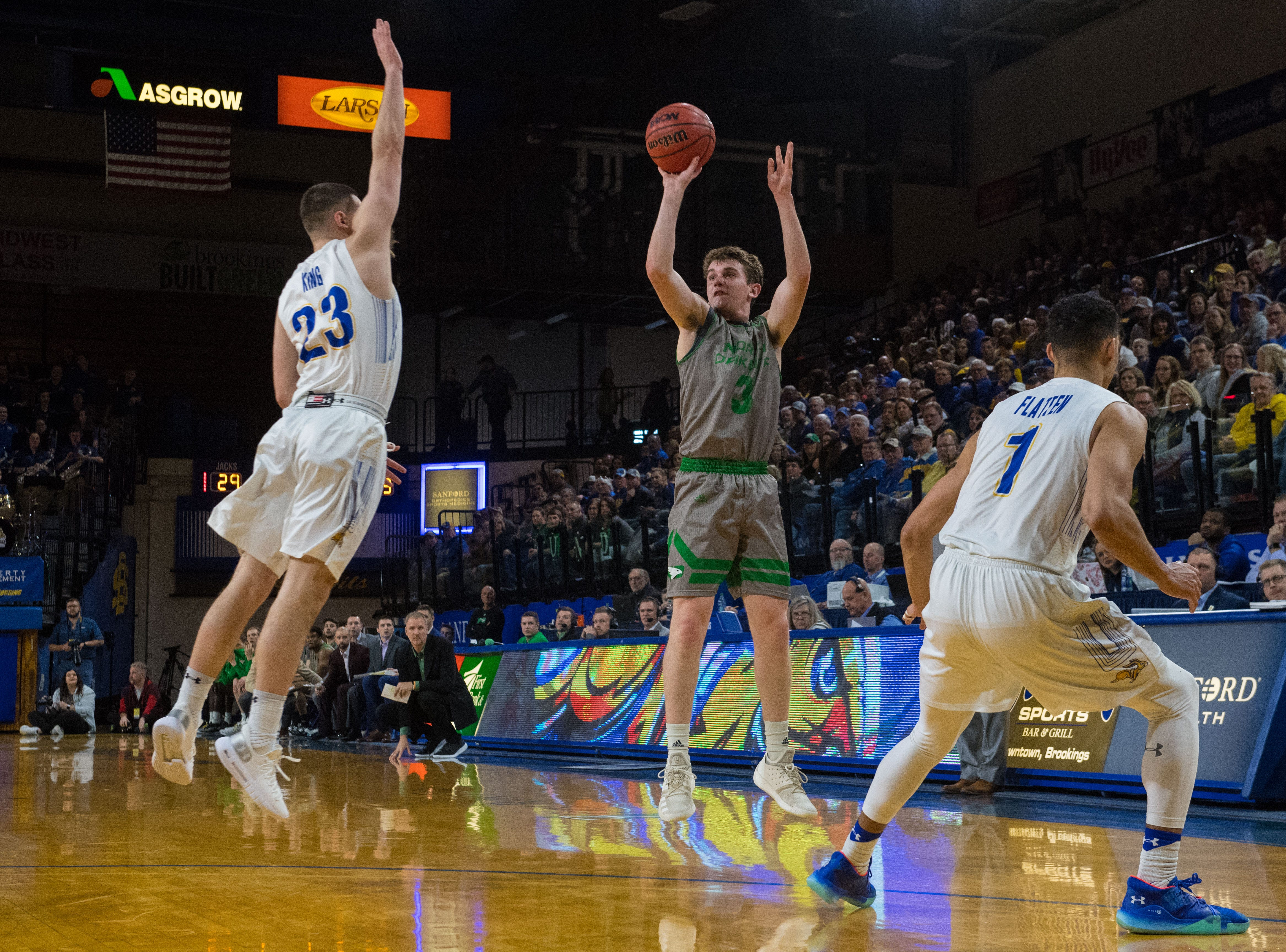 North Dakota's Billy Brown (3) shoots the ball during a game against South Dakota State in Brookings, S.D., Saturday, Feb. 9, 2019.