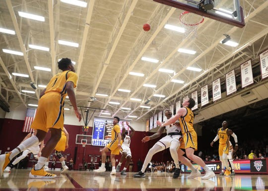 Qinnipiac defeats Iona 66-65 in  mens basketball at the Hynes Athletic Center on the campus of Iona College in New Rochelle on Friday, February 8, 2019.