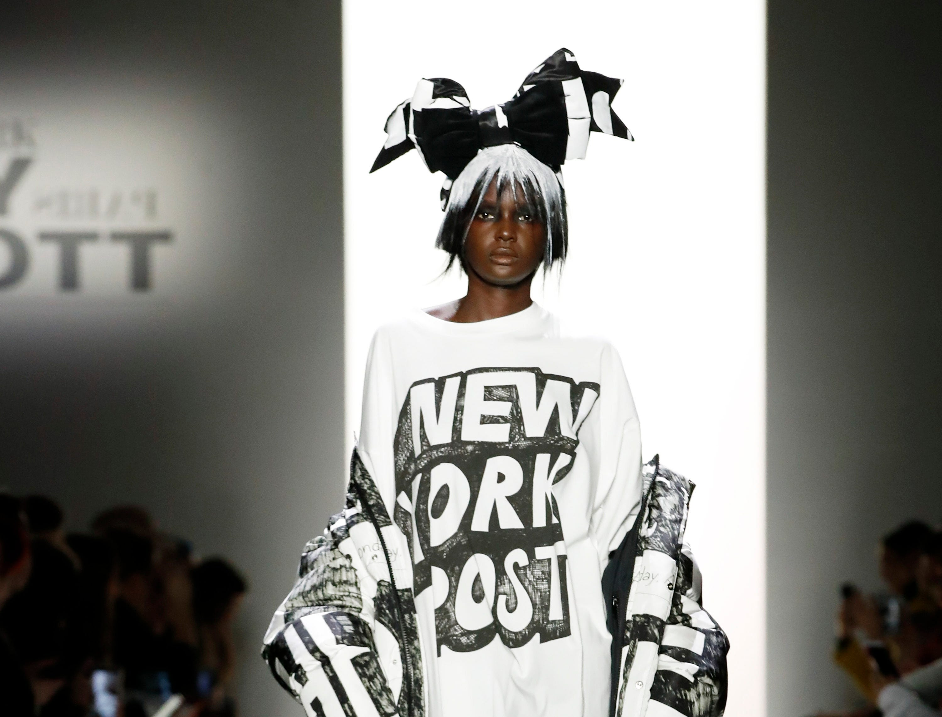 epa07354238 A model walks down the runway to present a creation by Jeremy Scott during New York Fashion Week in New York, New York, USA, 08 February 2019. New York Fashion Week for designer's autumn and winter lines is being held from 06 to 13 February 2019.  EPA-EFE/JASON SZENES ORG XMIT: JSX05