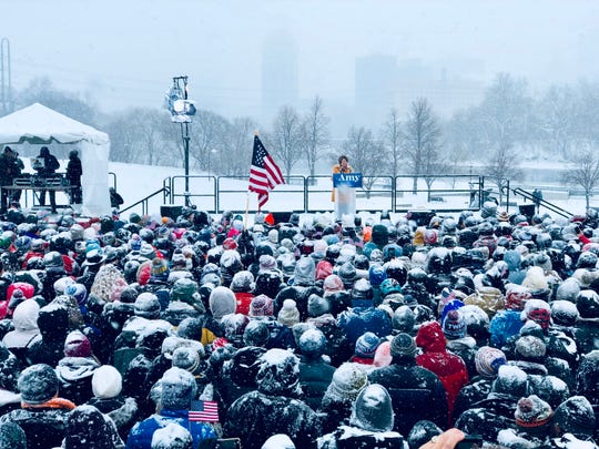 US Senator Amy Klobuchar (D-MN) announces her candidacy for president during a snow fall on February 10, 2019 in Minneapolis, Minnesota.