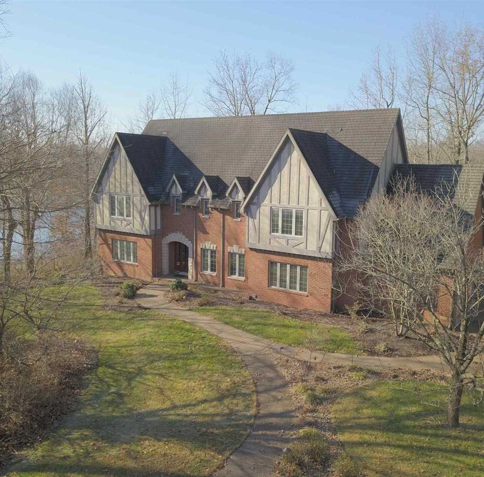 Unreal Estate: Room to roam on the North side