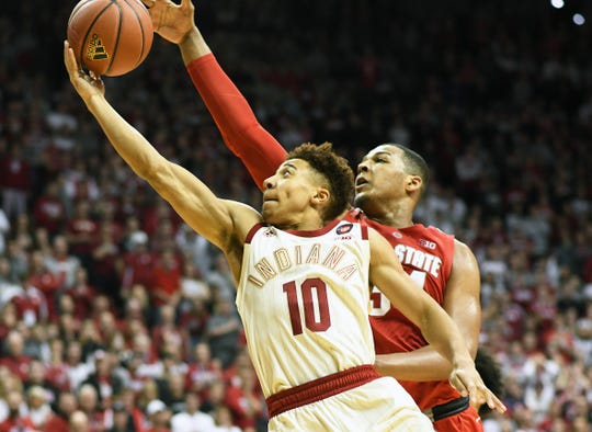 Indiana Hoosiers guard Rob Phinisee (10) drives to the basket during the game against Ohio State at Simon Skjodt Assembly Hall in Bloomington Ind., on Sunday, Feb. 10, 2019.