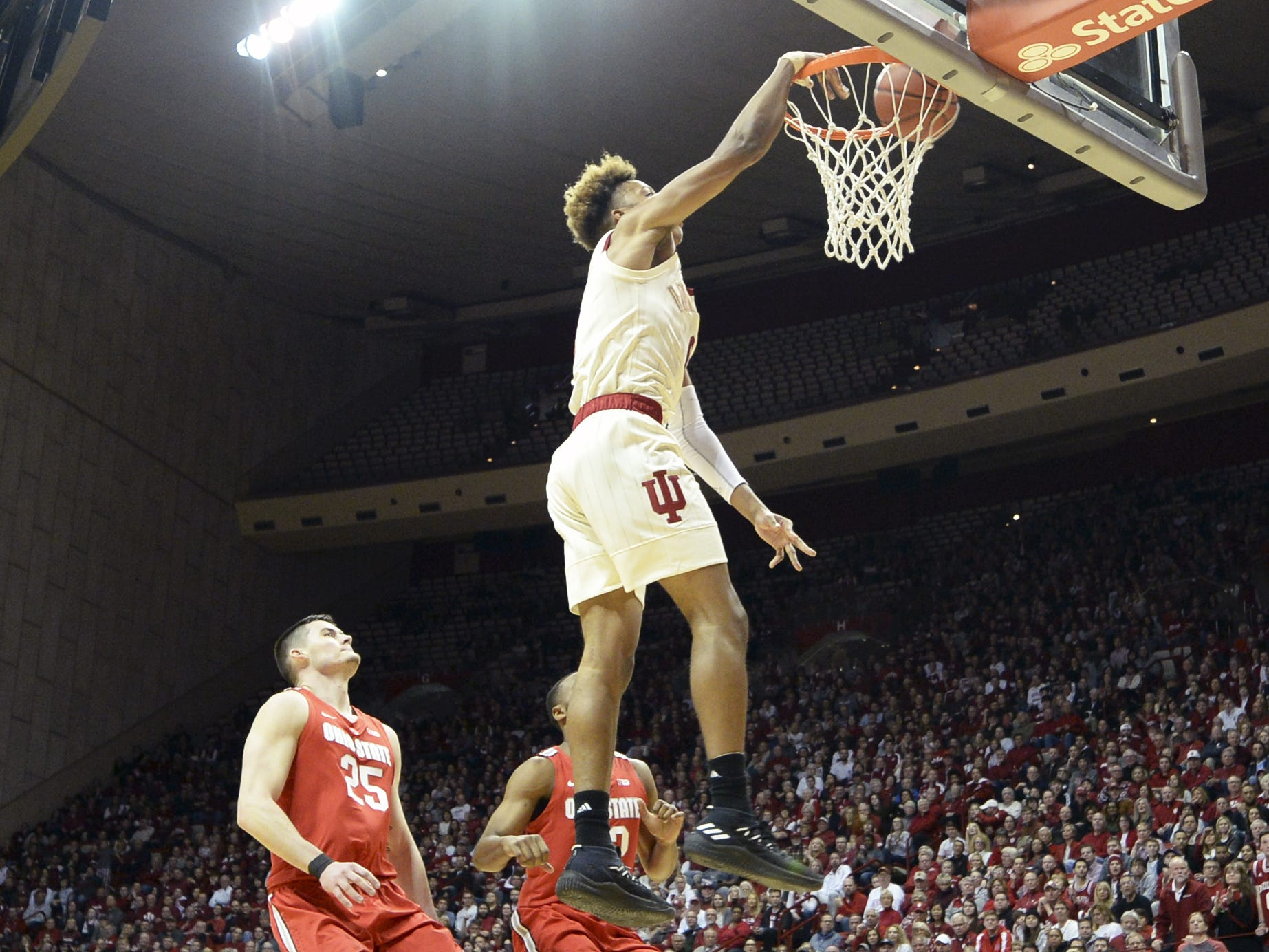 Indiana Hoosiers guard Romeo Langford (0) dunks the ball during the game against Ohio State at Simon Skjodt Assembly Hall in Bloomington Ind., on Sunday, Feb. 10, 2019.