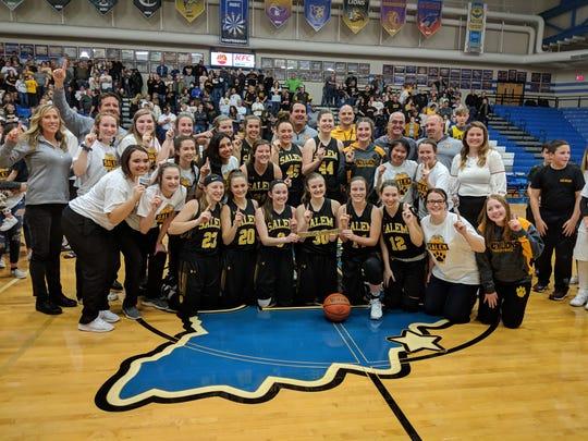 The Salem girls high school basketball team