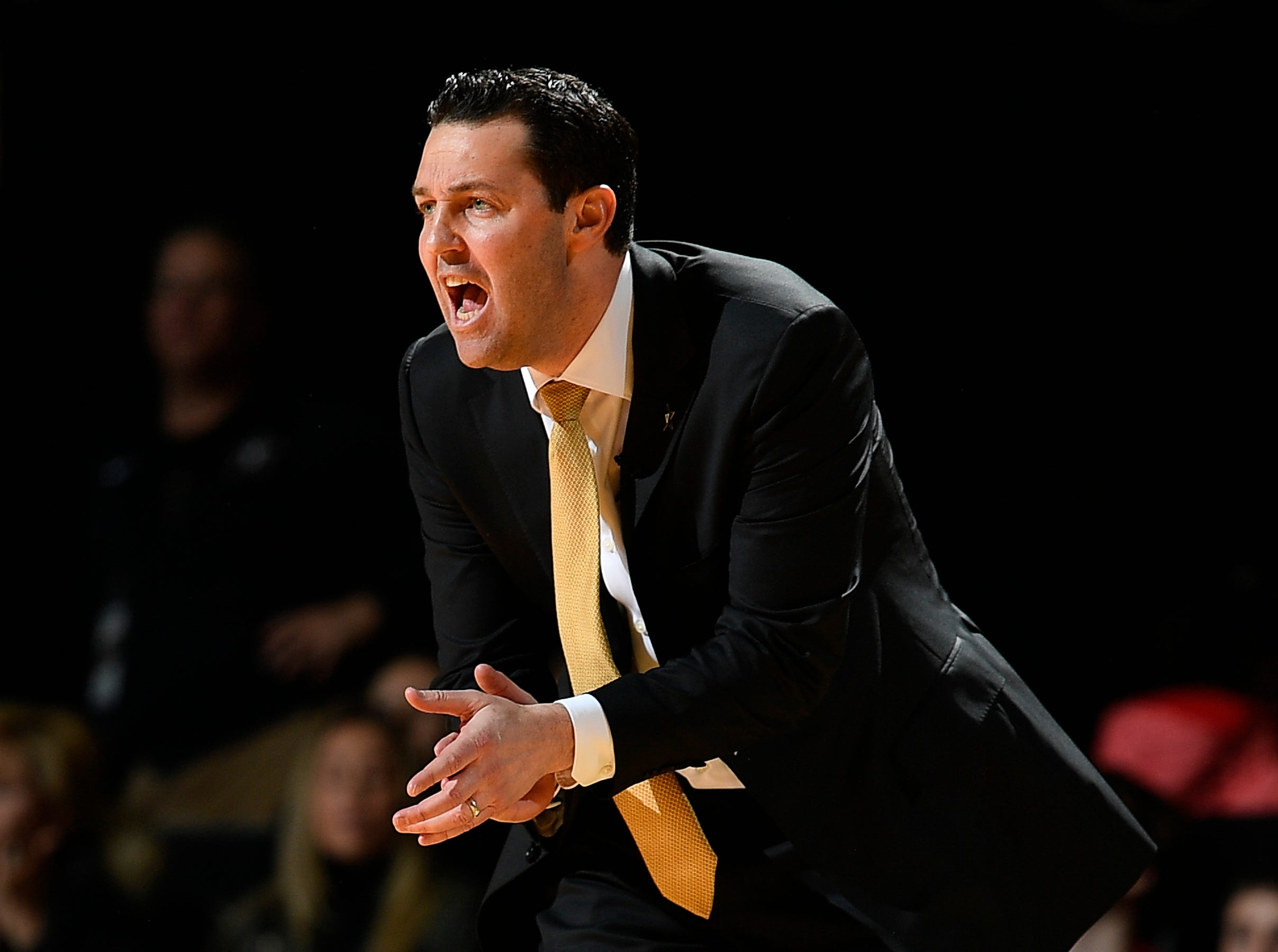 Vanderbilt head coach Bryce Drew yells at his players during the first half against the Alabama at Memorial Gym Saturday Feb. 9, 2019 in Nashville, Tenn.