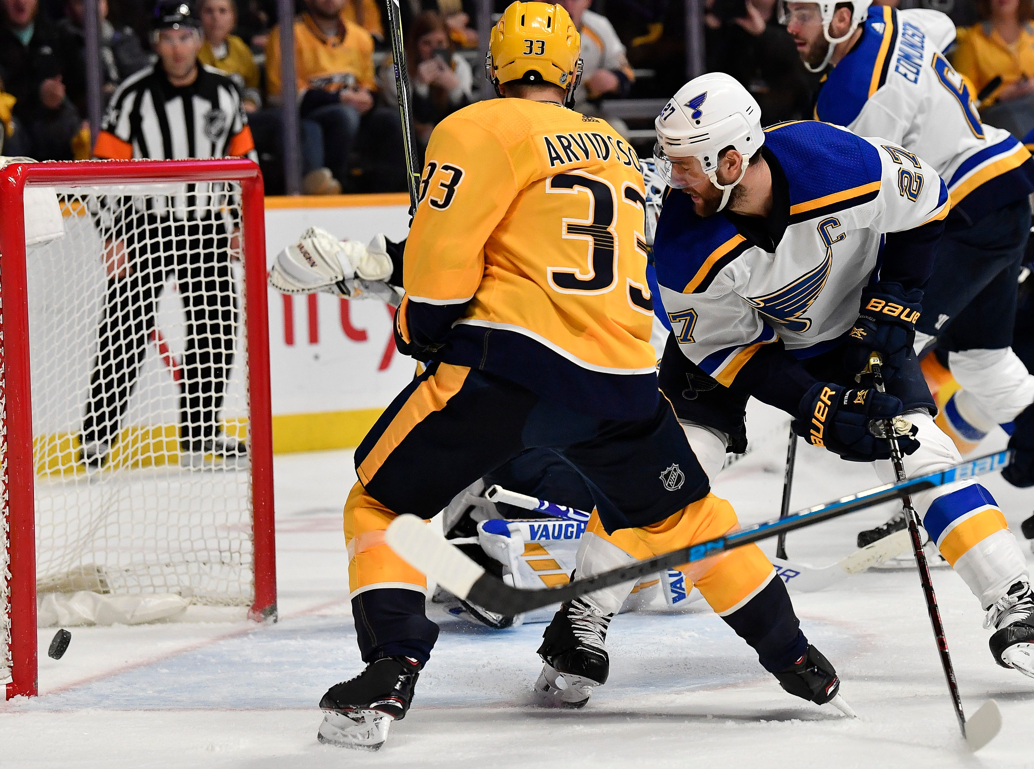 Predators right wing Viktor Arvidsson (33) shoots a goal past the Blues during the third period at Bridgestone Arena Sunday, Feb. 10, 2019 in Nashville, Tenn.
