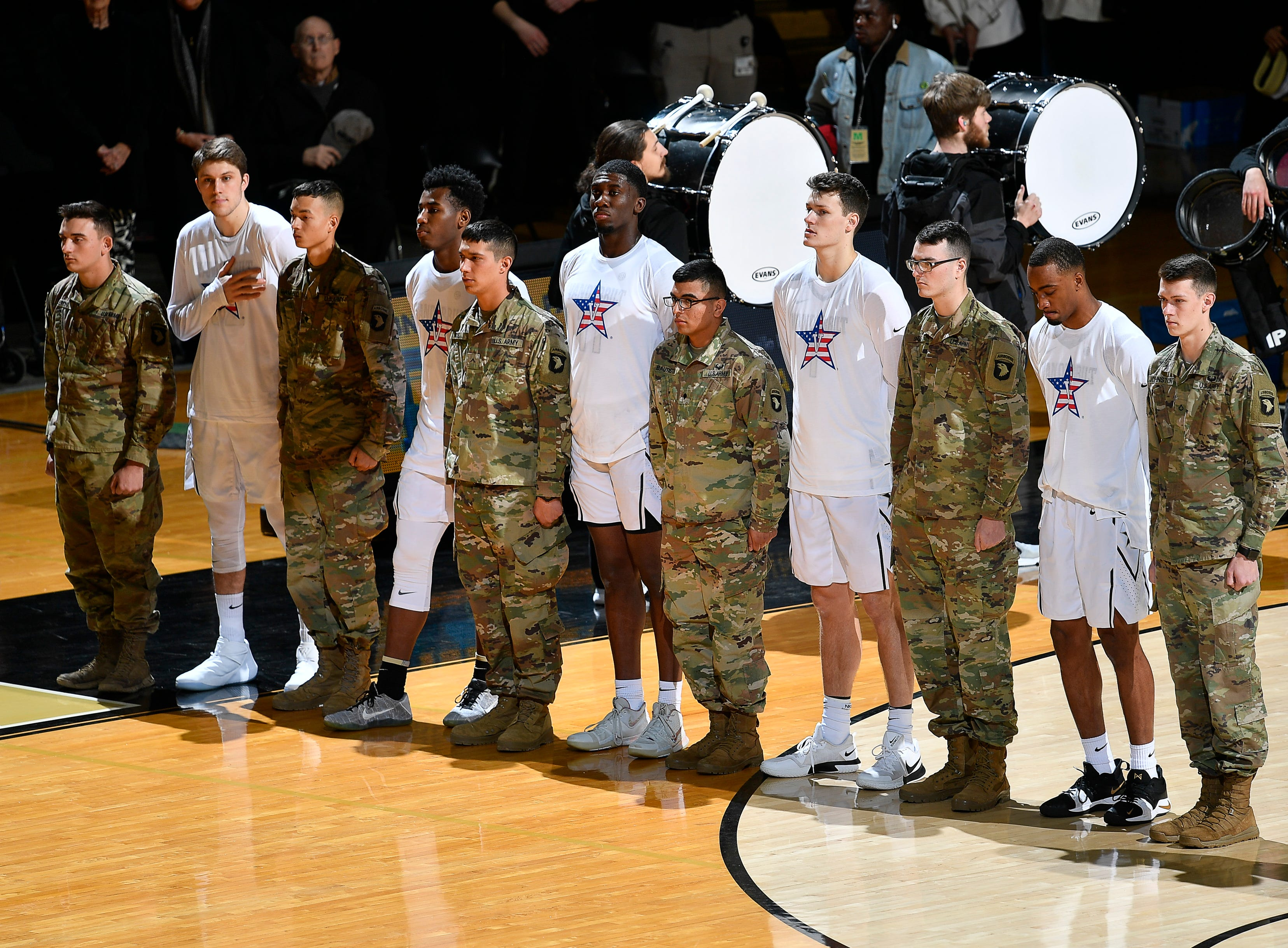 Vanderbilt stand with members of the 101st Airborne before their game against the Alabama at Memorial Gym Saturday Feb. 9, 2019 in Nashville, Tenn.