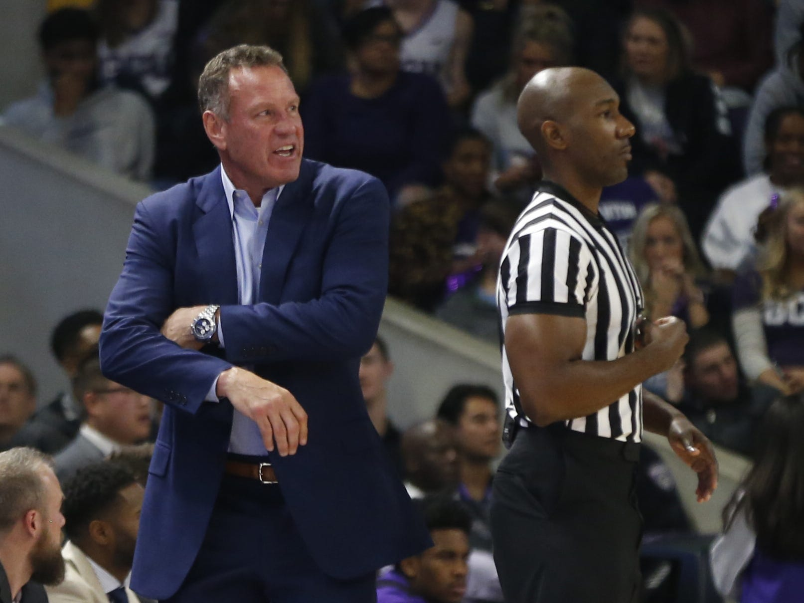 GCU's head coach Dan Majerle reacts to a call during the first half against New Mexico State at Grand Canyon University Arena in Phoenix, Ariz. on February 9, 2019.
