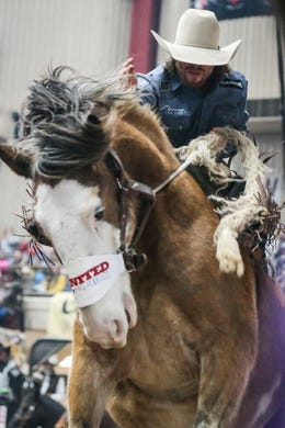 Rodeo Legend Brazile Tearing It Up In San Angelo Again