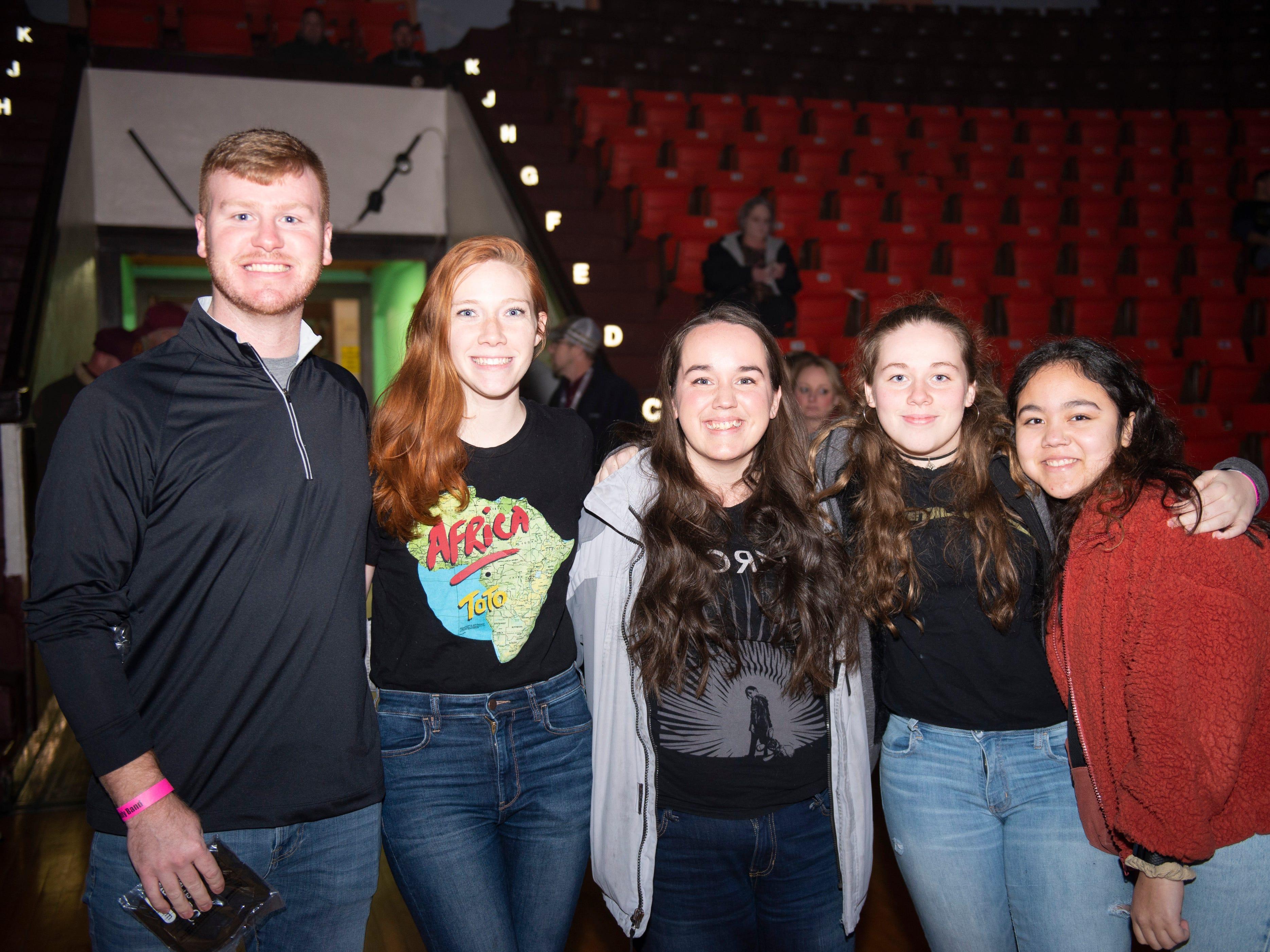 Jordan Yockey, Shelby Cuthbert, Nikki Hanson, Layla Hanson, Maya Polight
