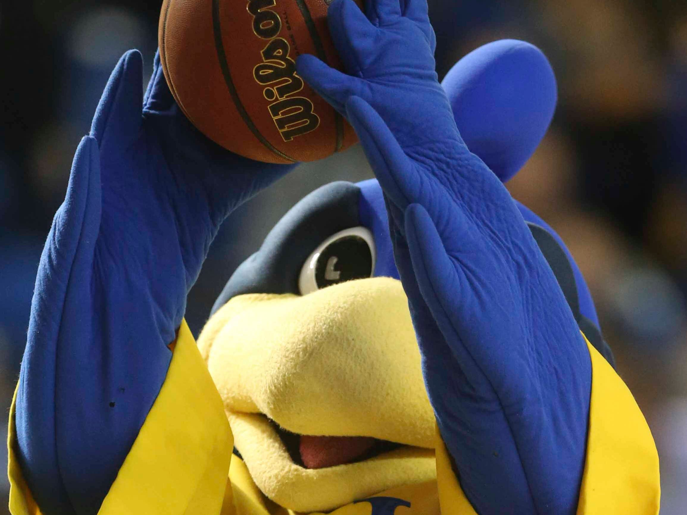 YouDee sizes up a shot during a break in the second half of Delaware's 70-66 win at the Bob Carpenter Center Saturday.