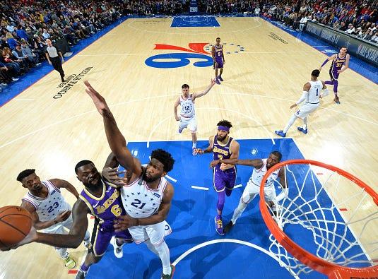 Lance Stephenson #6 of the Los Angeles Lakers shoots the ball against the Philadelphia 76ers on February 10, 2019 at the Wells Fargo Center in Philadelphia, Pennsylvania.