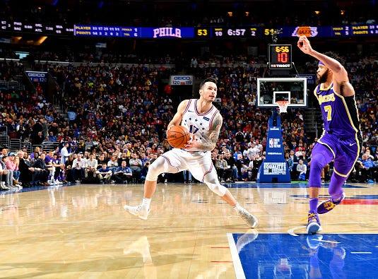 JJ Redick #17 of the Philadelphia 76ers handles the ball against the Los Angeles Lakers on February 10, 2019 at the Wells Fargo Center in Philadelphia.