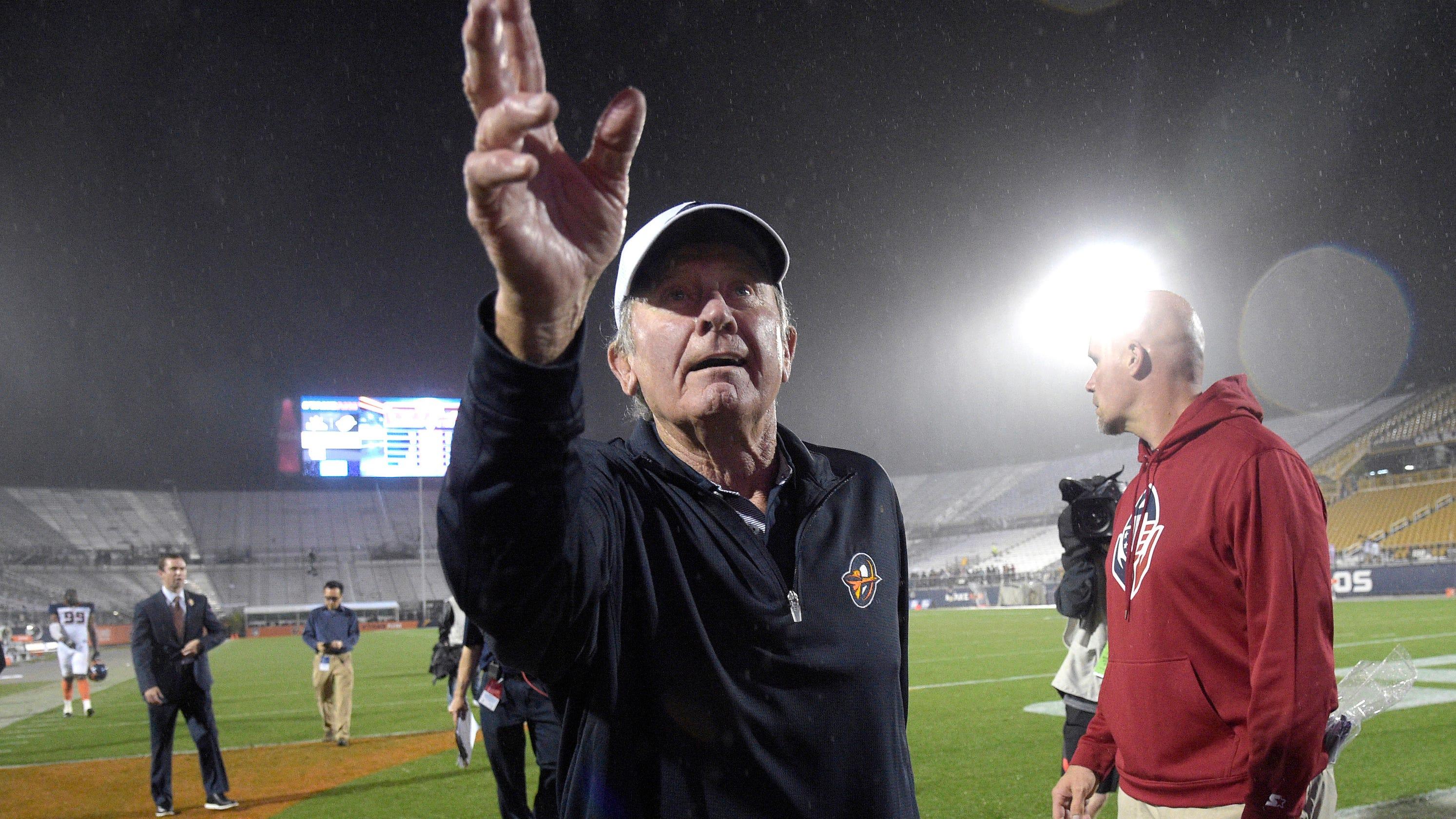 Steve Spurrier razzes Washington Redskins after winning AAF