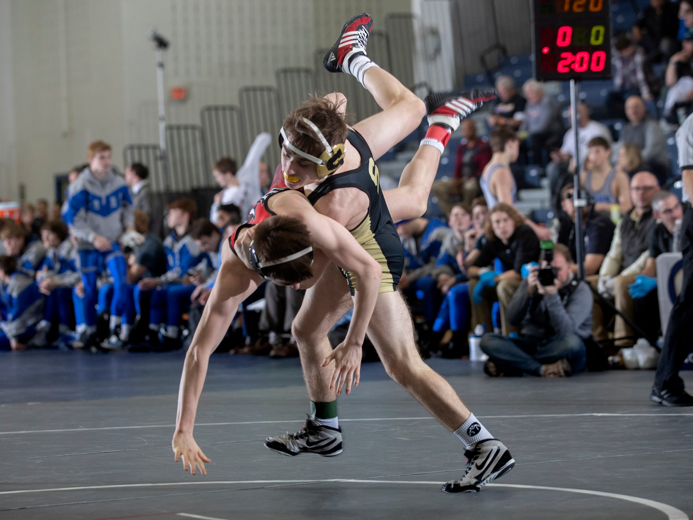 Southern's Jayson Scerbo defeated Hunterdon Central's Southern Regional vs Hunterdon Central in NJSIAA Teamick Canonica 7-1 in their 113 lbs.  Wrestling Group V Final in Toms River NJ on February 10 , 2019.
