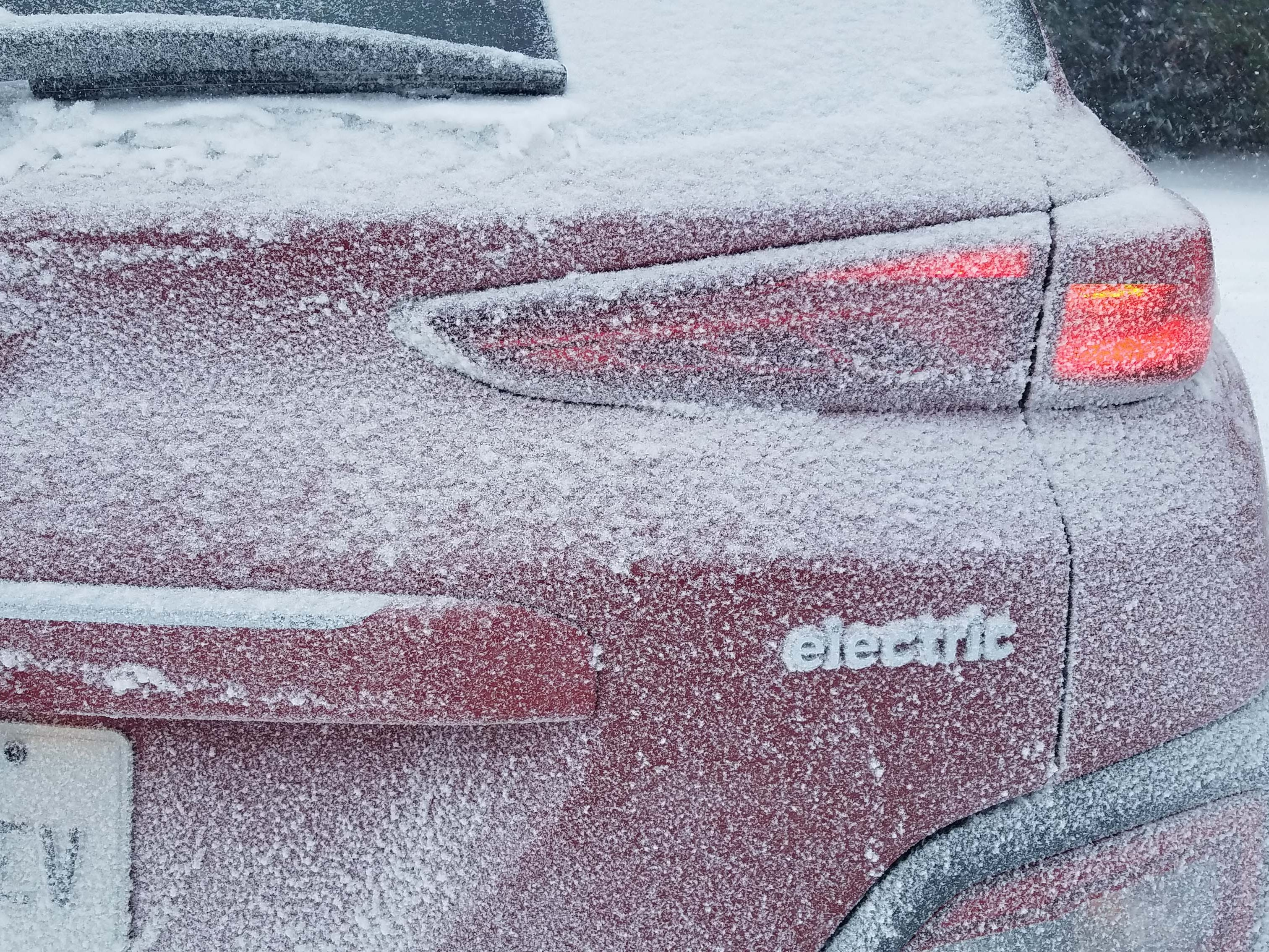 We're a long way from Hawaii, Toto. The 2019 Hyundai Kona EV gets its best electric range in warm climates.