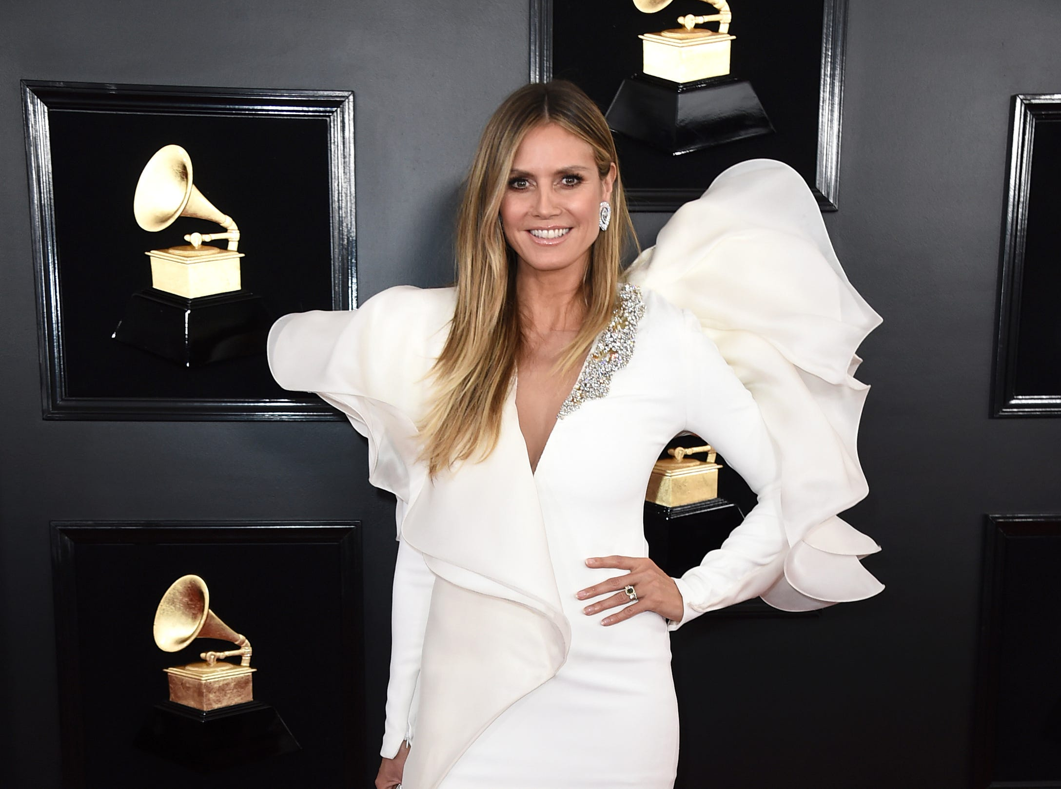 Heidi Klum arrives at the 61st annual Grammy Awards.