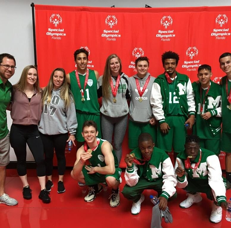 Fort Myers Unified basketball team celebrates state championship during unforgettable season
