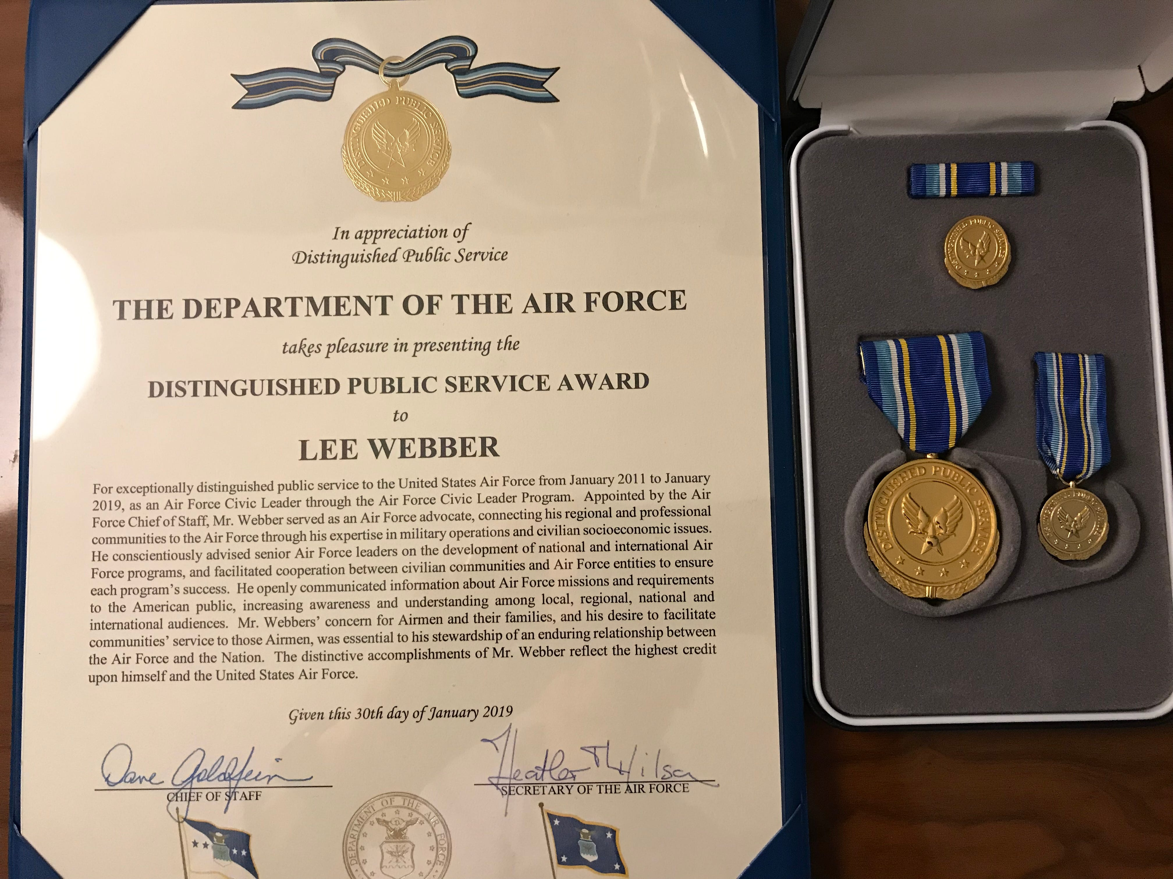 Lee Webber's Distinguished Public Service Award on Jan. 31 at Joint Base Andrews, Officers Club.