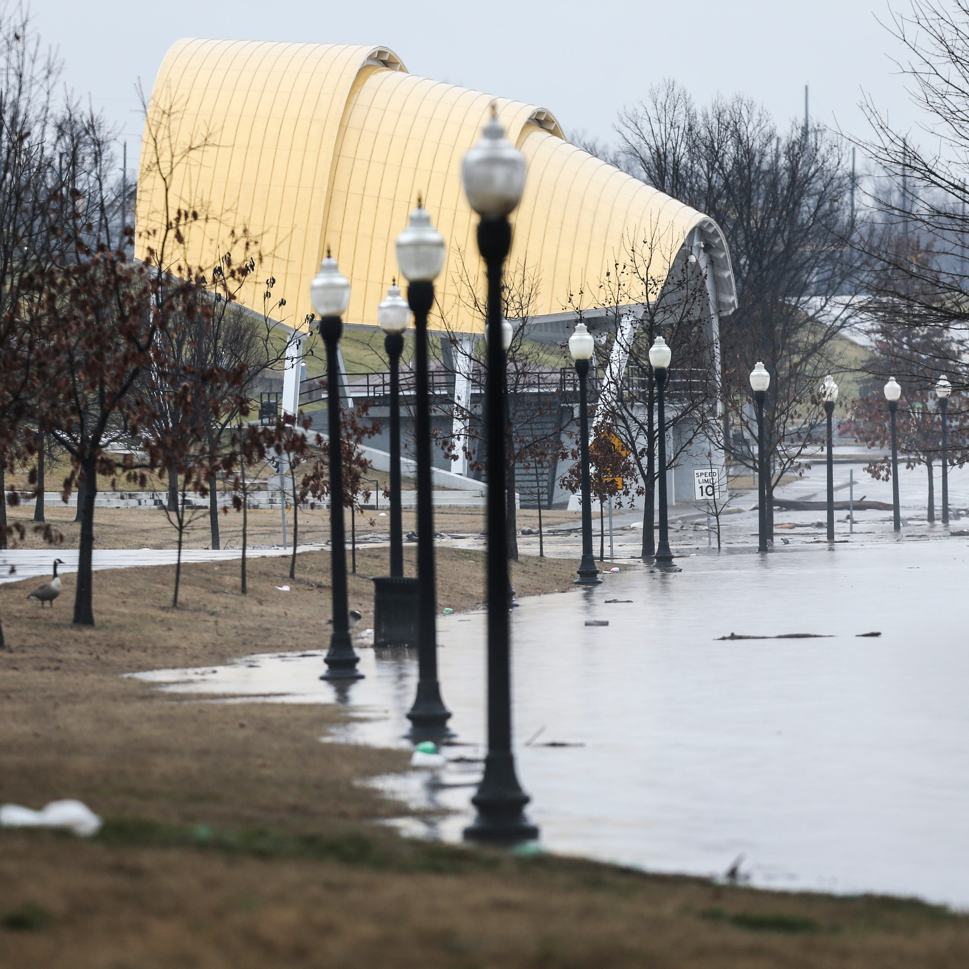 After soggy stretch, Ohio River expected to crest in Louisville midweek