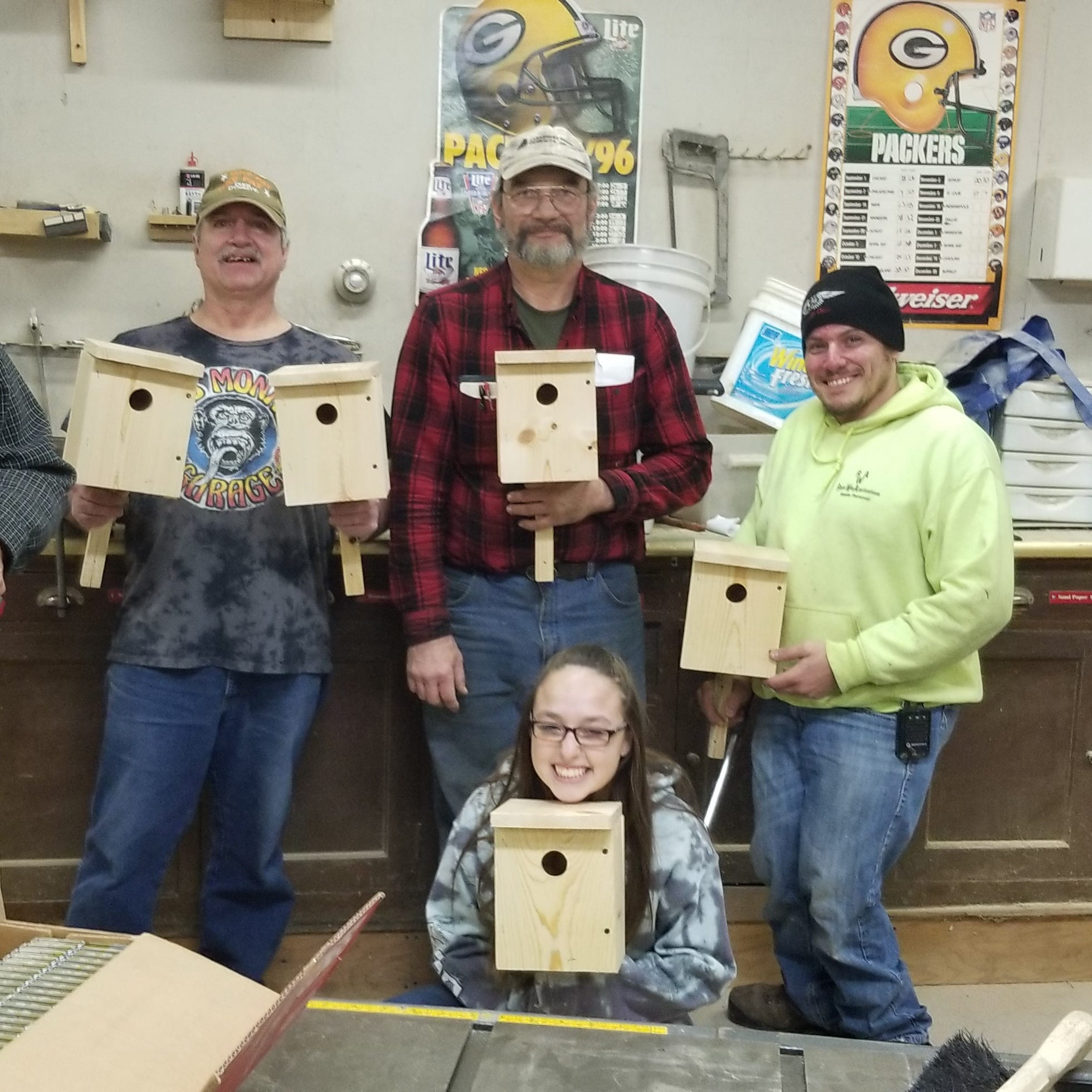 Manitowoc outdoors news: Wood duck, bluebird houses available from sportsmen's clubs