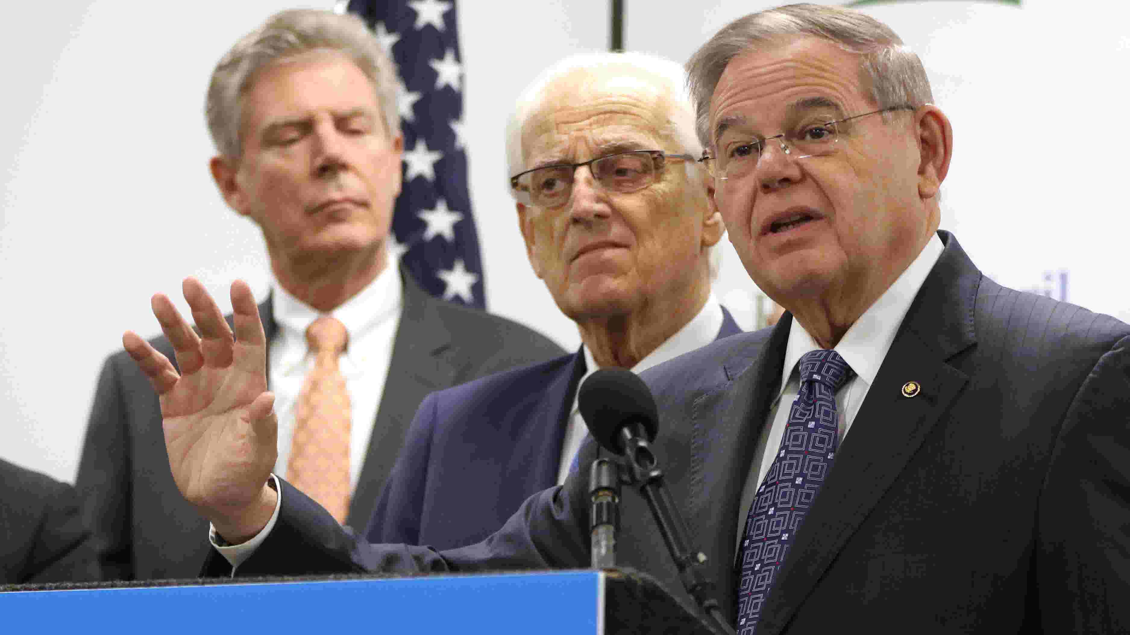 Menendez and Pascrell introduce tax deduction bill