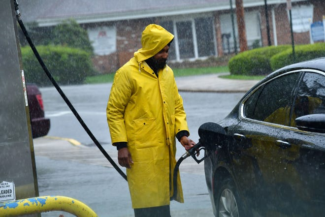 Columnist Joe Phalon says there are happy times at the gas tank these days with cheap gas prices.