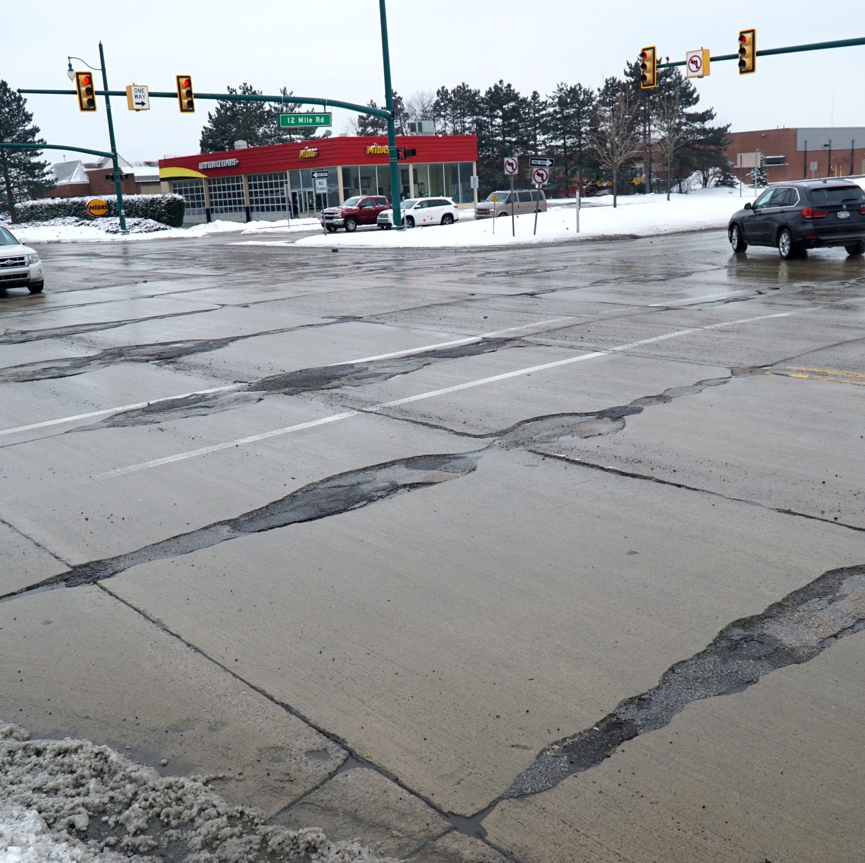 12 Mile and Novi Road intersection to get makeover this year