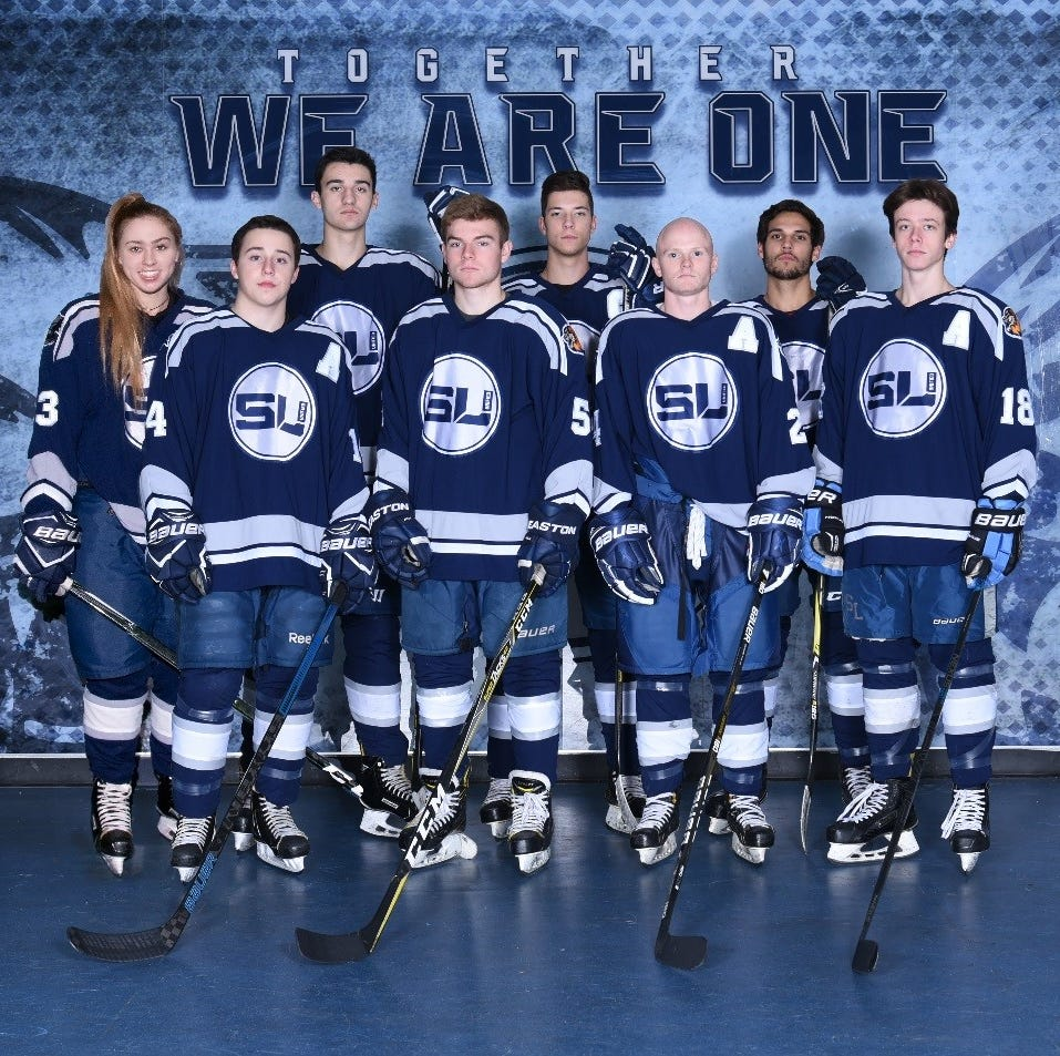 South Lyon hockey to honor senior players