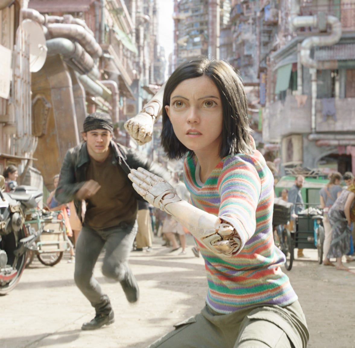 'Alita: Battle Angel:' The visuals are amazing. The rest is not