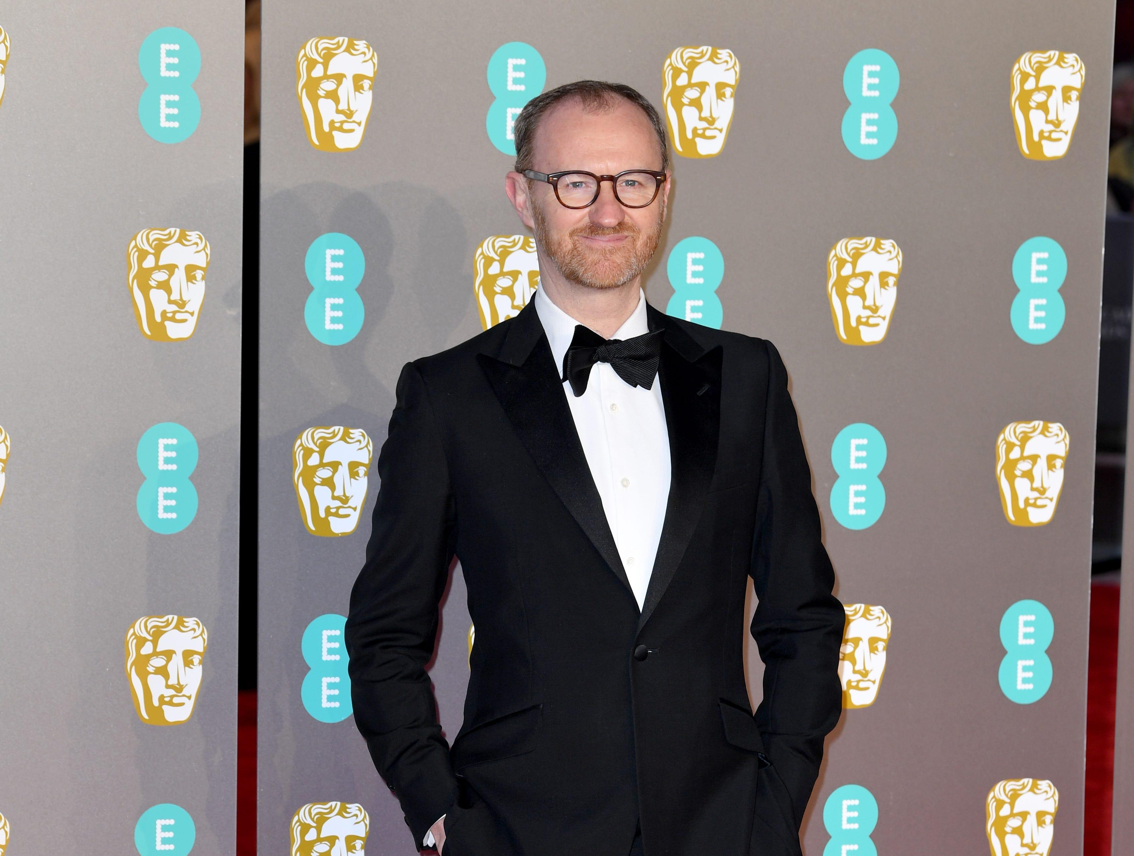 Mark Gatiss a su llegada a la alfombra roja de los Premios de la Academia Británica de Cine BAFTA en el Royal Albert Hall en Londres el 10 de febrero de 2019.