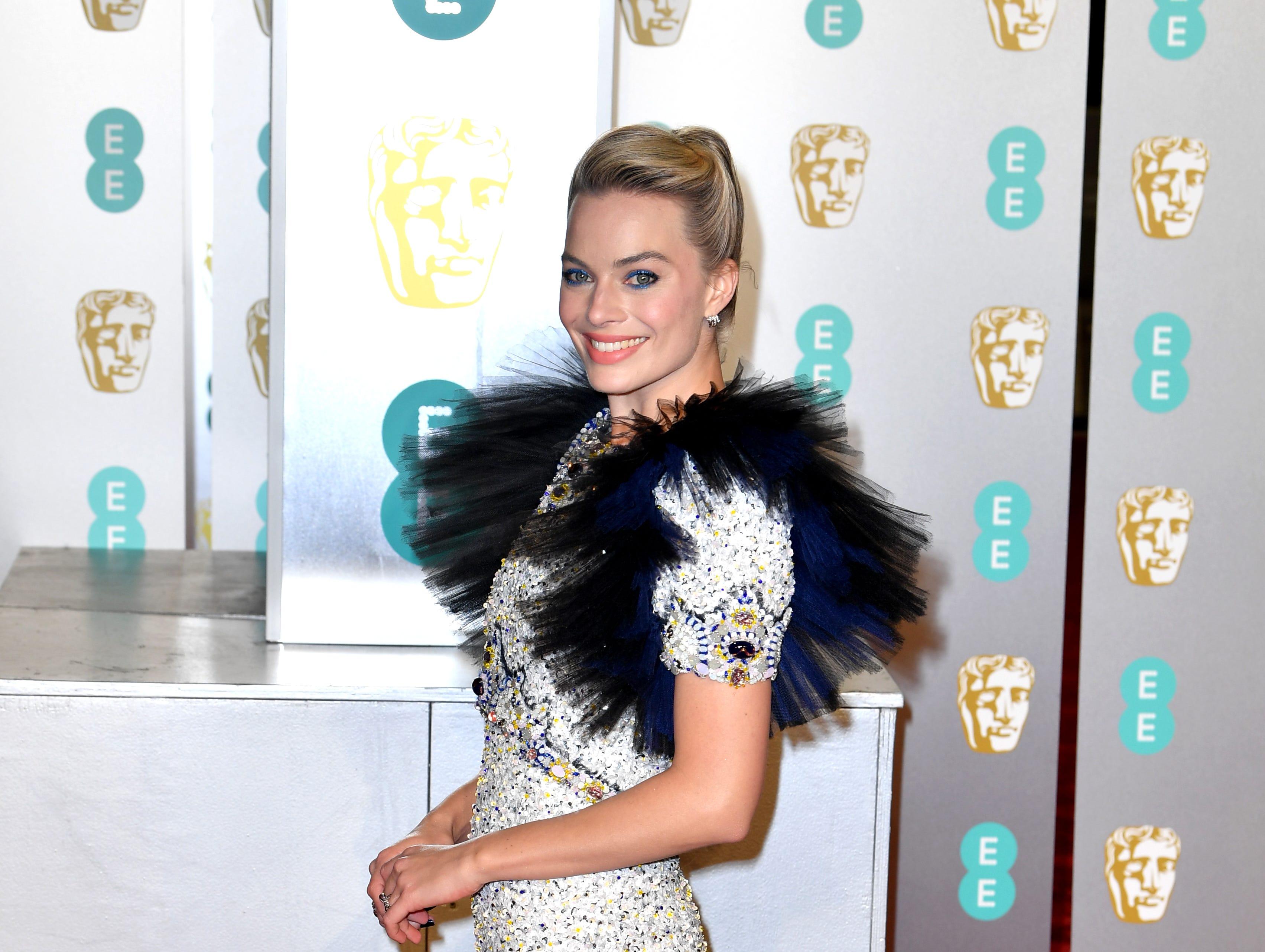 Margot Robbie a su llegada a la alfombra roja de los Premios de la Academia Británica de Cine BAFTA en el Royal Albert Hall en Londres el 10 de febrero de 2019.