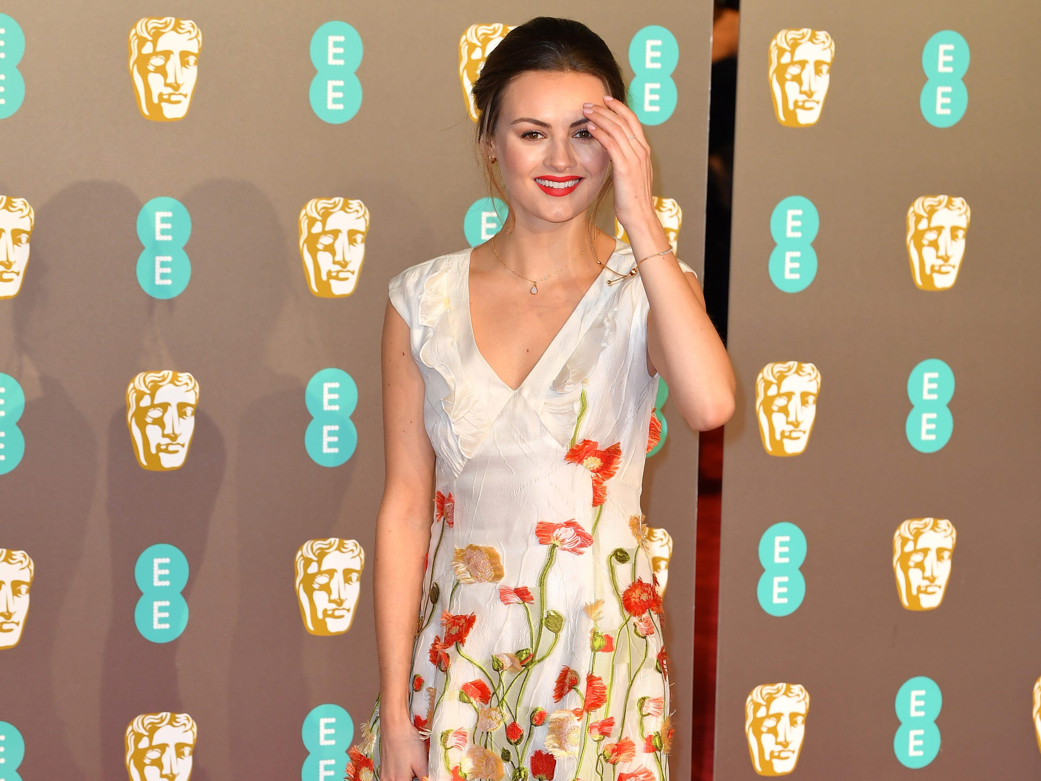 Niomi Smart a su llegada a la alfombra roja de los Premios de la Academia Británica de Cine BAFTA en el Royal Albert Hall en Londres el 10 de febrero de 2019.