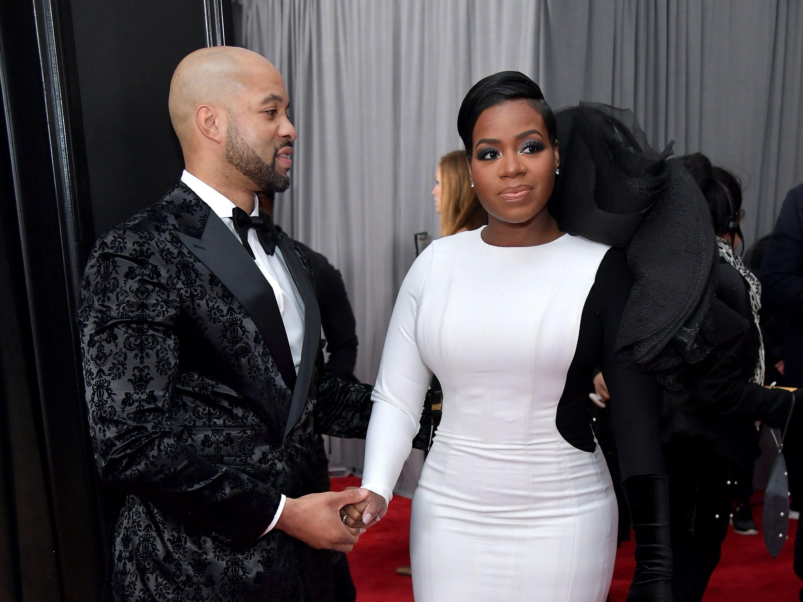 Kendall Taylor y Fantasia Barrino asisten a la 61ª edición de los premios GRAMMY en el Staples Center el 10 de febrero de 2019 en Los Ángeles, California.