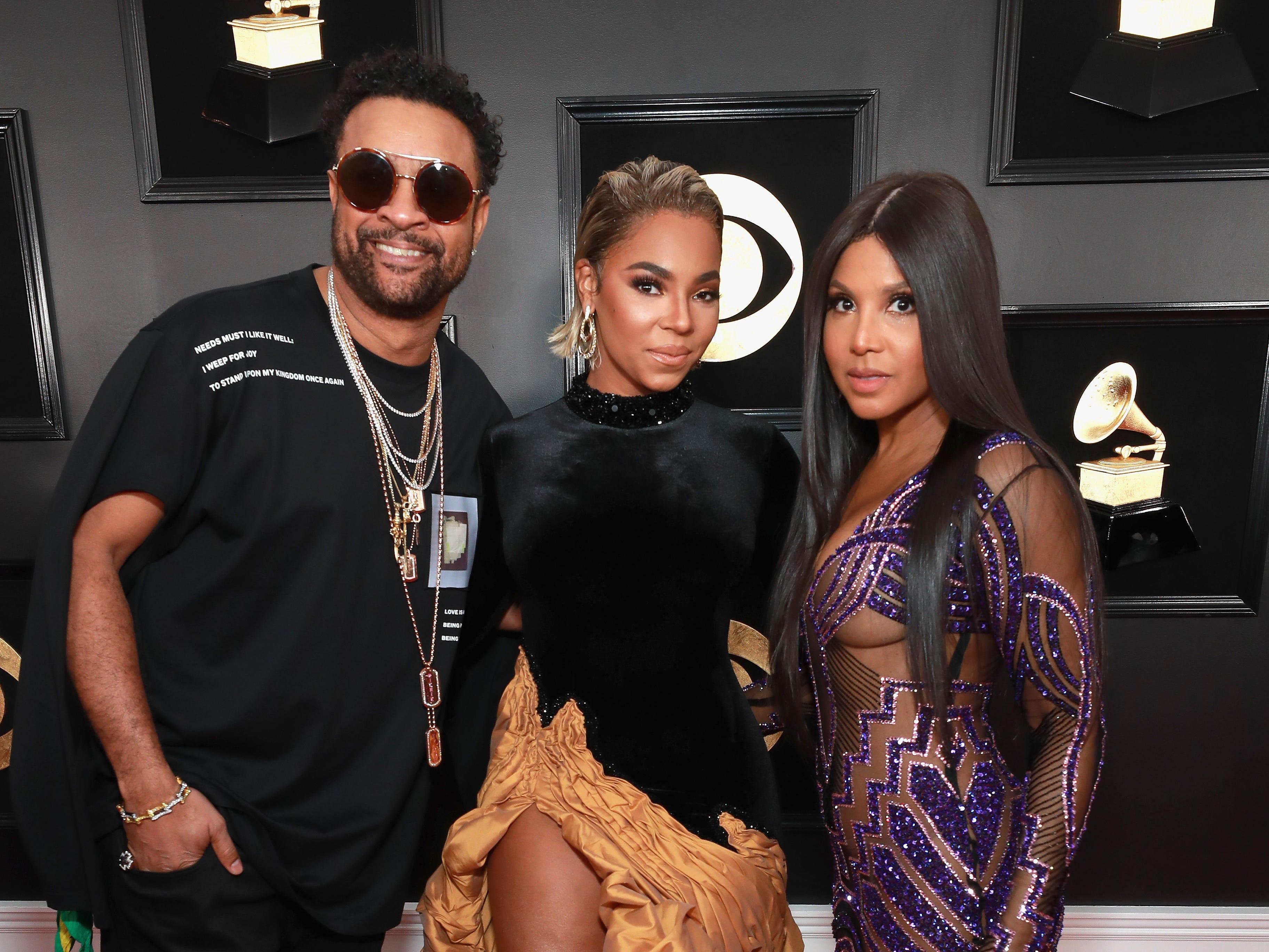 Shaggy ,Ashanti y Toni Braxton asisten a la 61ª edición de los premios GRAMMY en el Staples Center el 10 de febrero de 2019 en Los Ángeles, California.