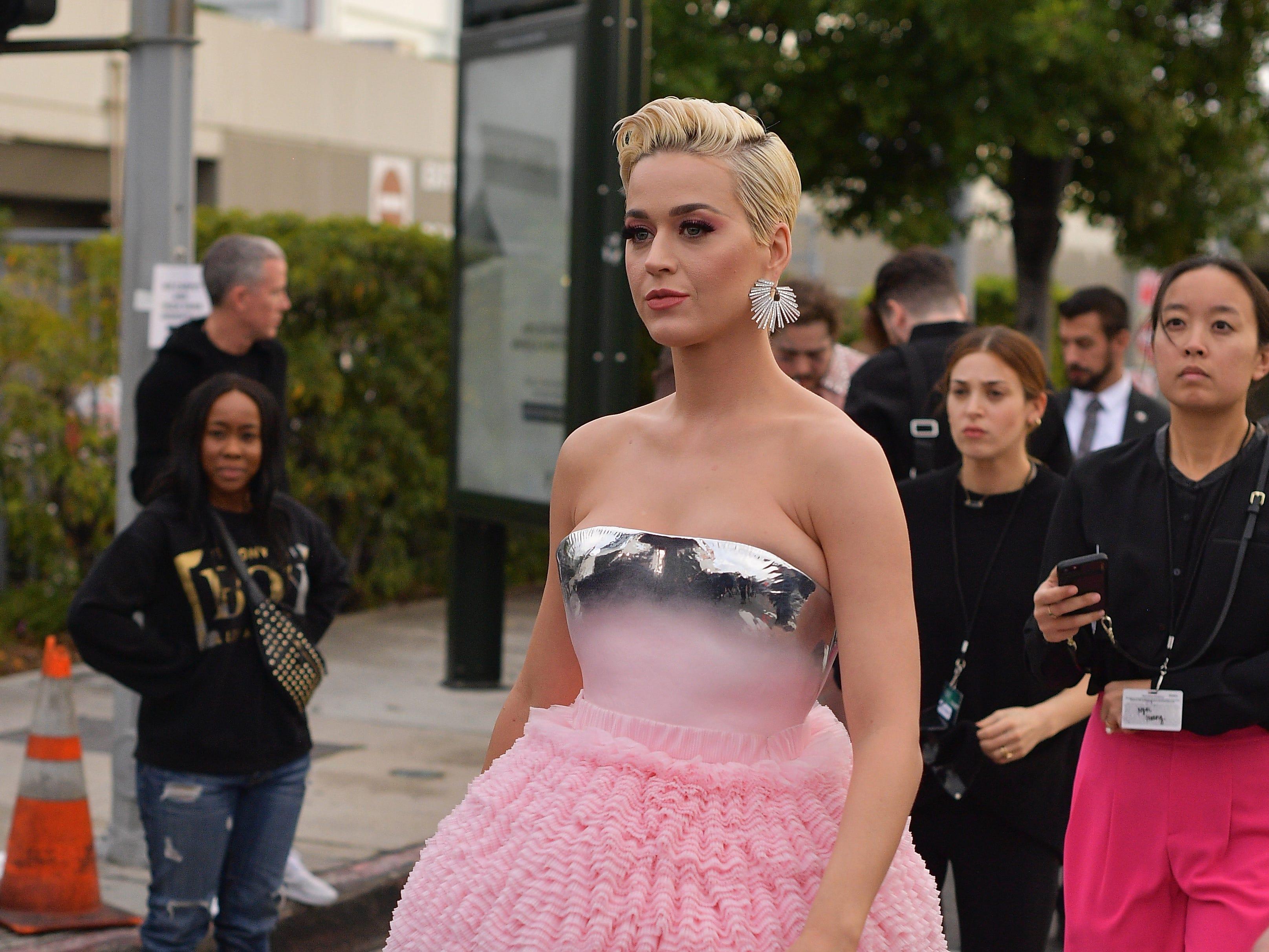 Katy Perry asiste a la 61ª edición de los premios GRAMMY en el Staples Center el 10 de febrero de 2019 en Los Ángeles, California.