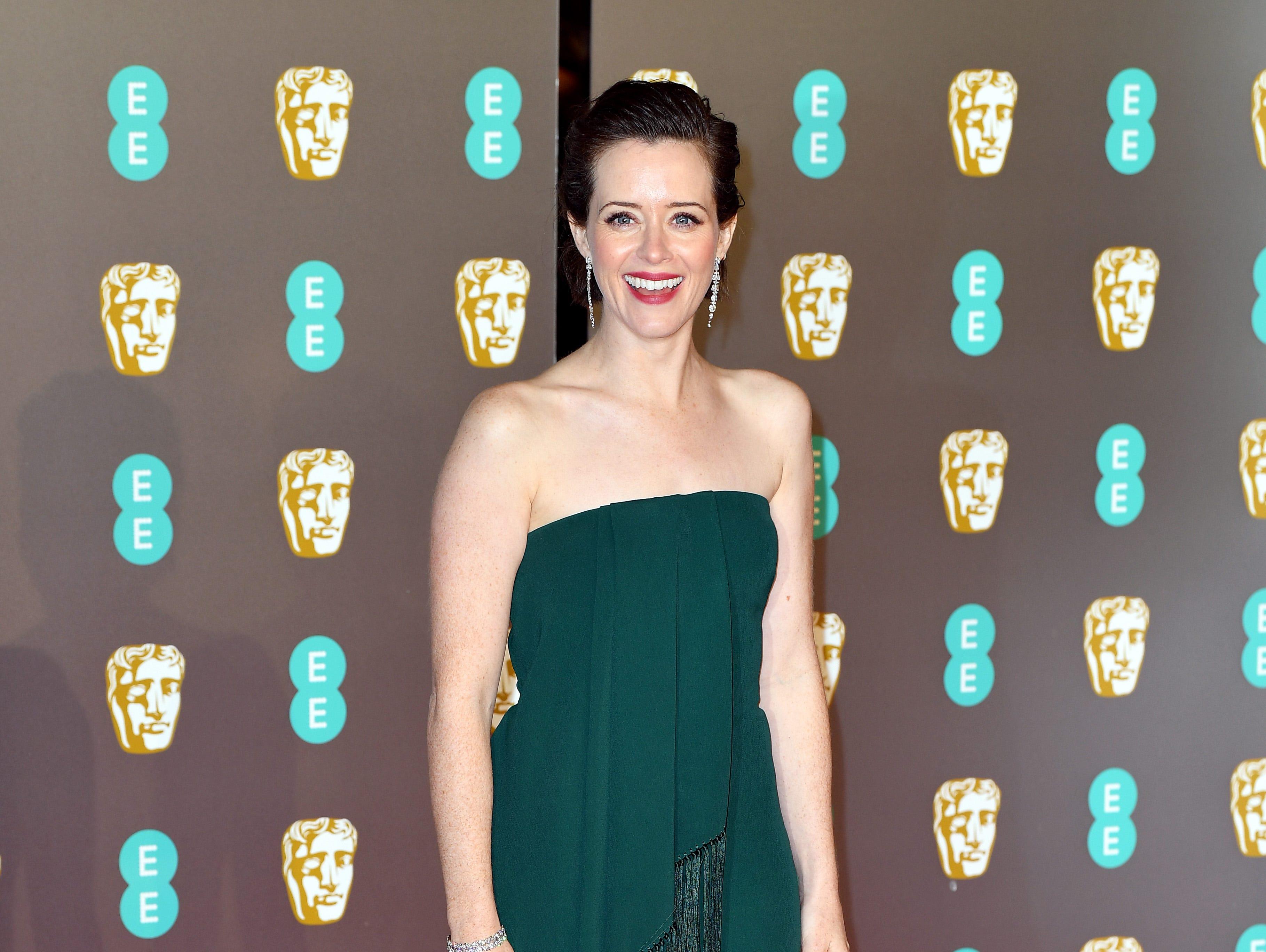 Claire Foy a su llegada a la alfombra roja de los Premios de la Academia Británica de Cine BAFTA en el Royal Albert Hall en Londres el 10 de febrero de 2019.